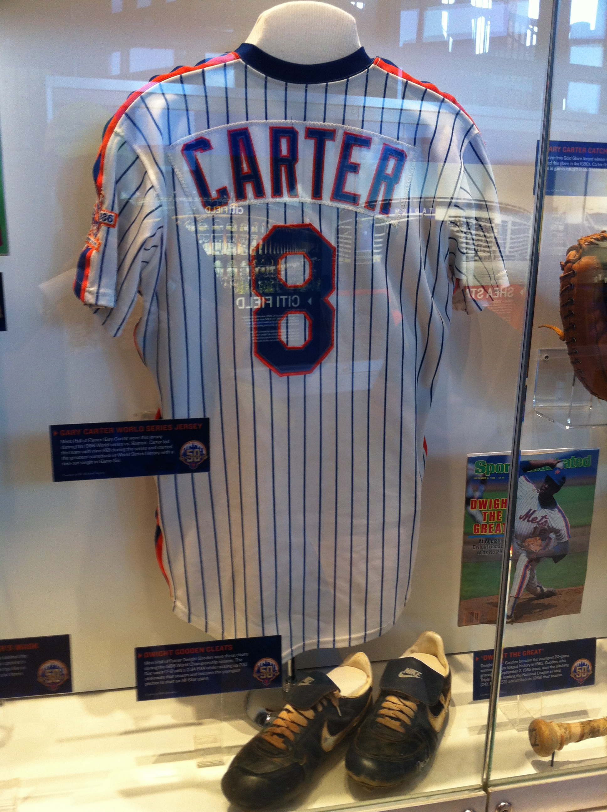 competitive price 459b4 48777 File:Gary Carter Mets jersey.jpg - Wikimedia Commons
