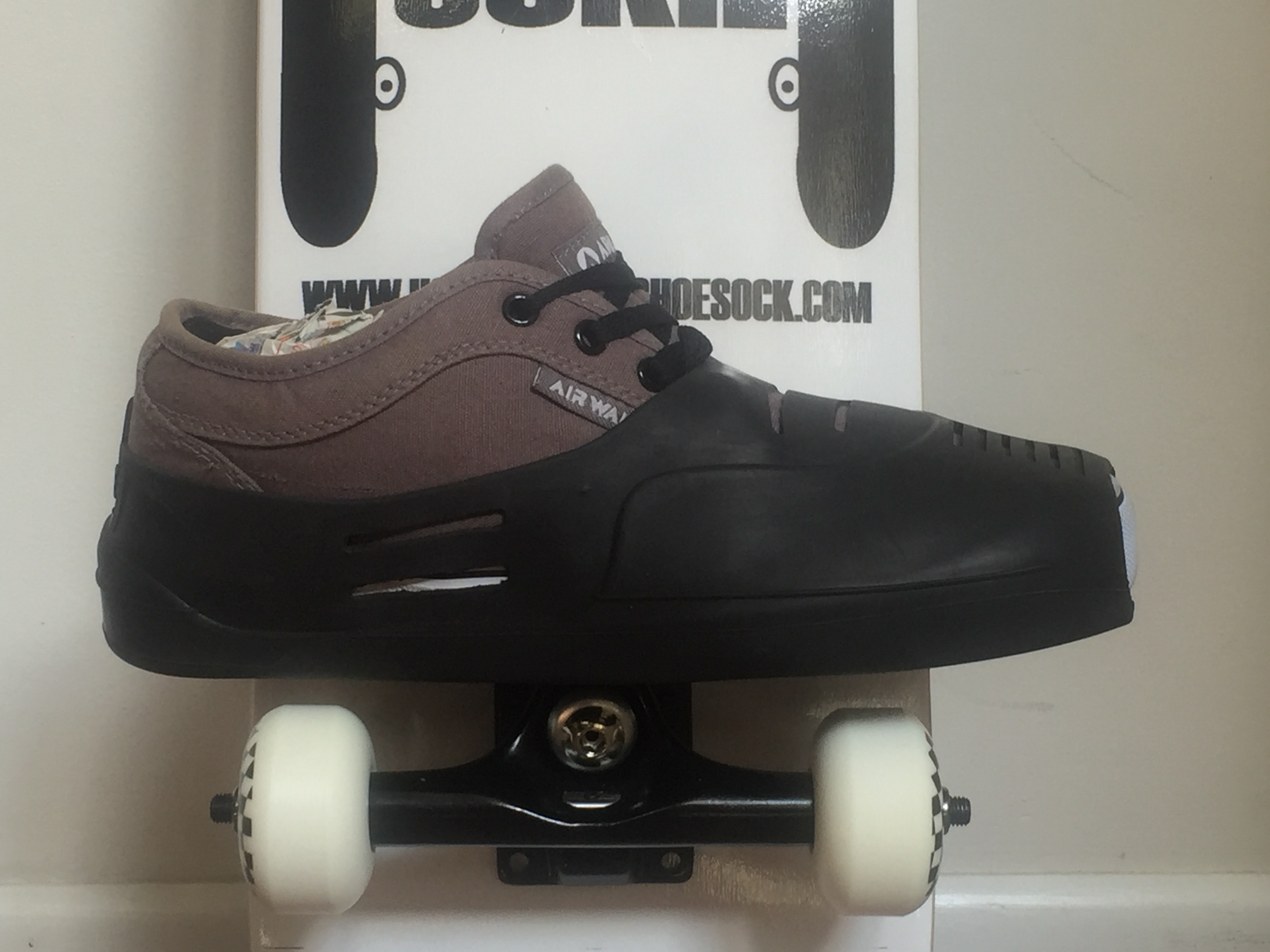 Two Wheel Roller Shoe With Roller Skates Strap On