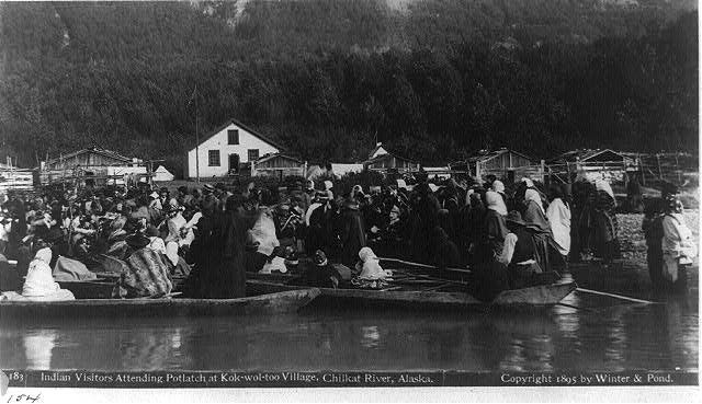 Dosiero:Indian visitors attending Potlatch at Kok-wol-too village.jpg