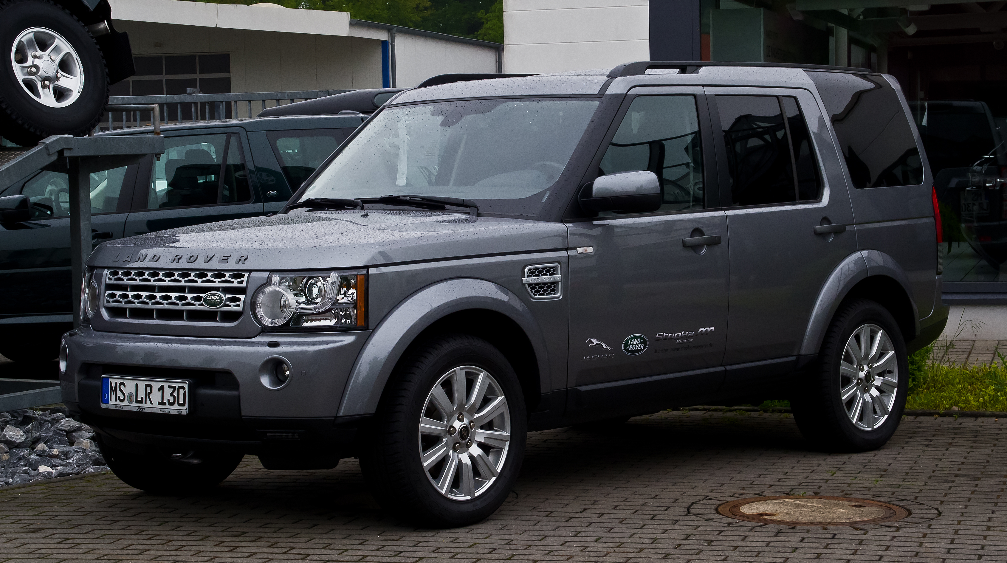 file land rover discovery sdv6 hse iv frontansicht 17 mai 2013 m wikipedia. Black Bedroom Furniture Sets. Home Design Ideas