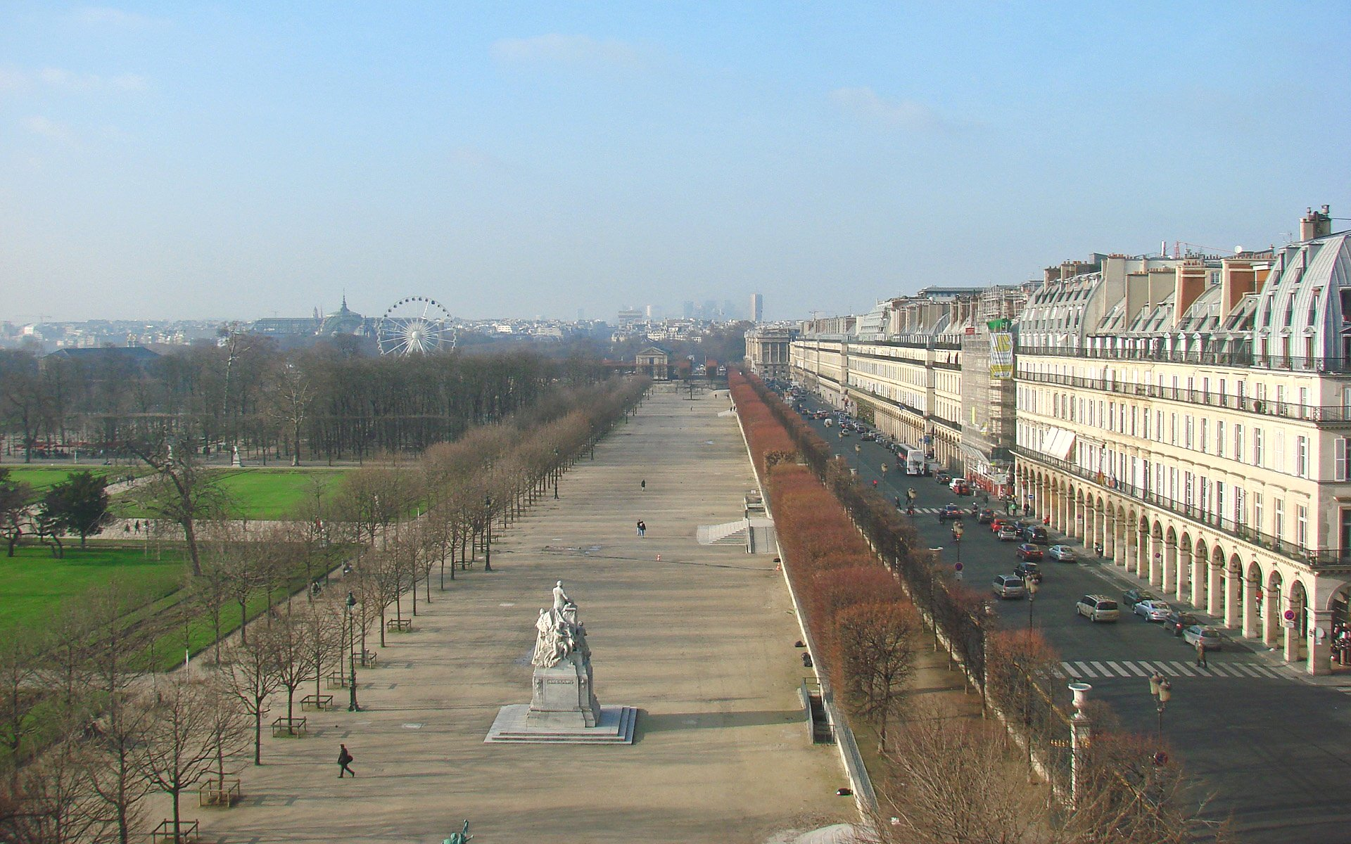 File Le Jardin des Tuileries et la Rue de Rivoli en hiver
