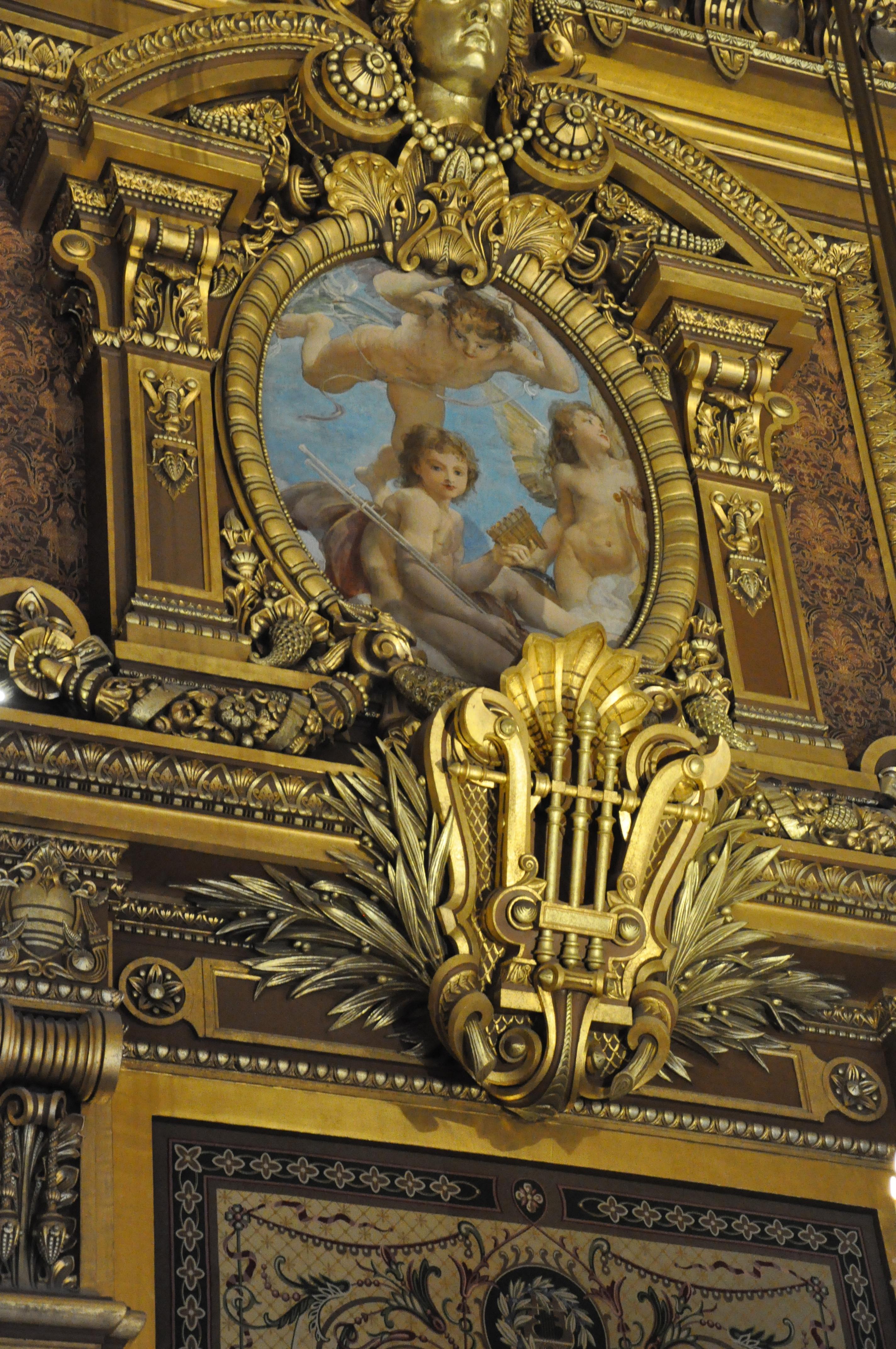 Grand Foyer Du Palais Garnier : File lyre au palais garnier paris france g