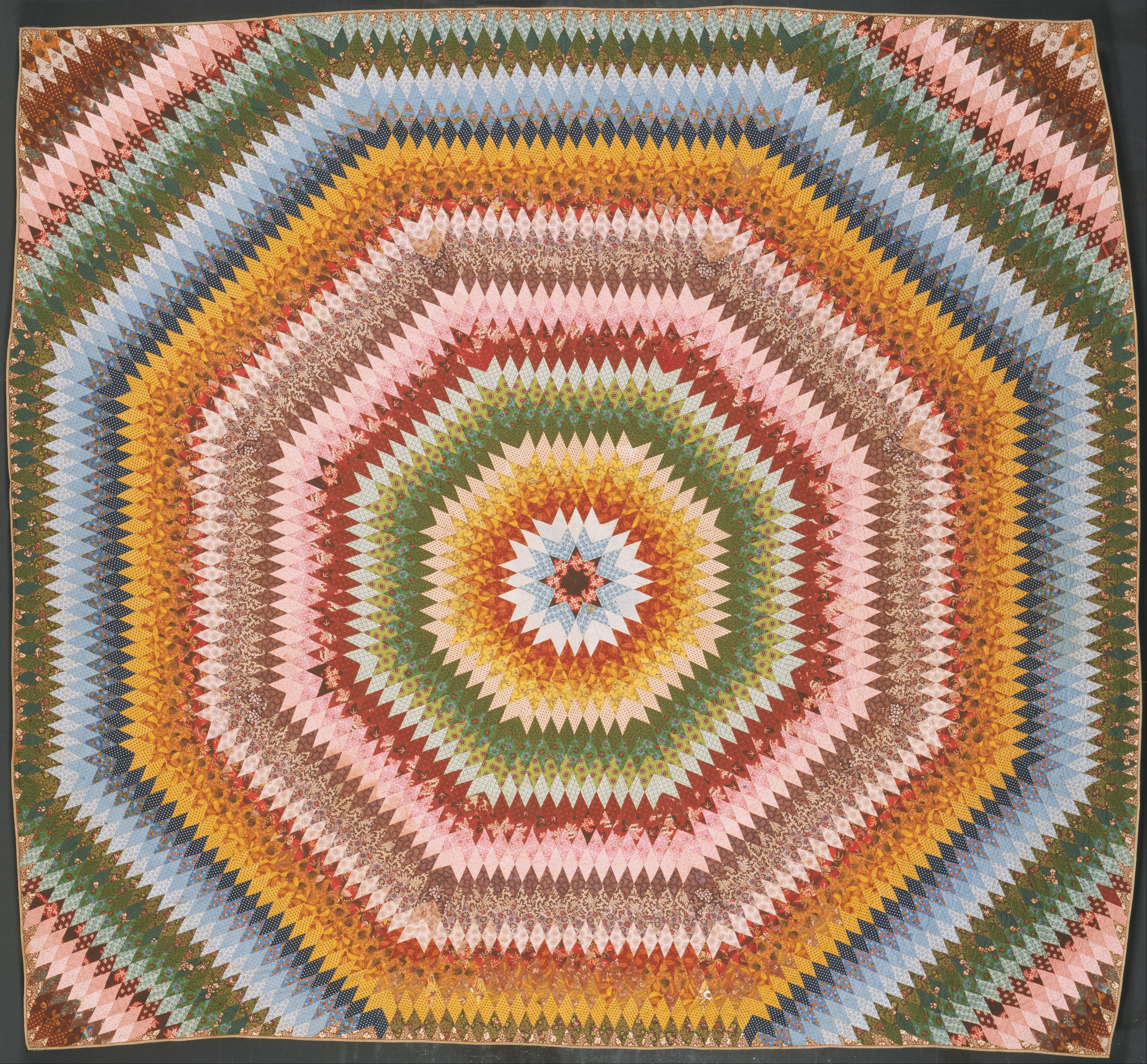 File:Made by Rebecca Scattergood Savery, American - Sunburst Quilt ... : sunburst quilt - Adamdwight.com