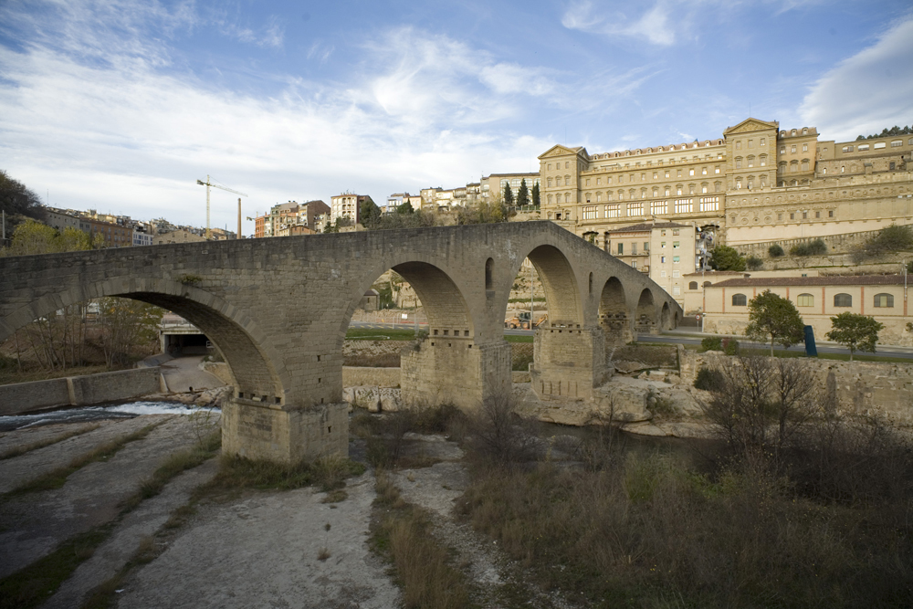 Manresa, Pont Vell y Cova de Sant Ignasi-PM 40294.jpg