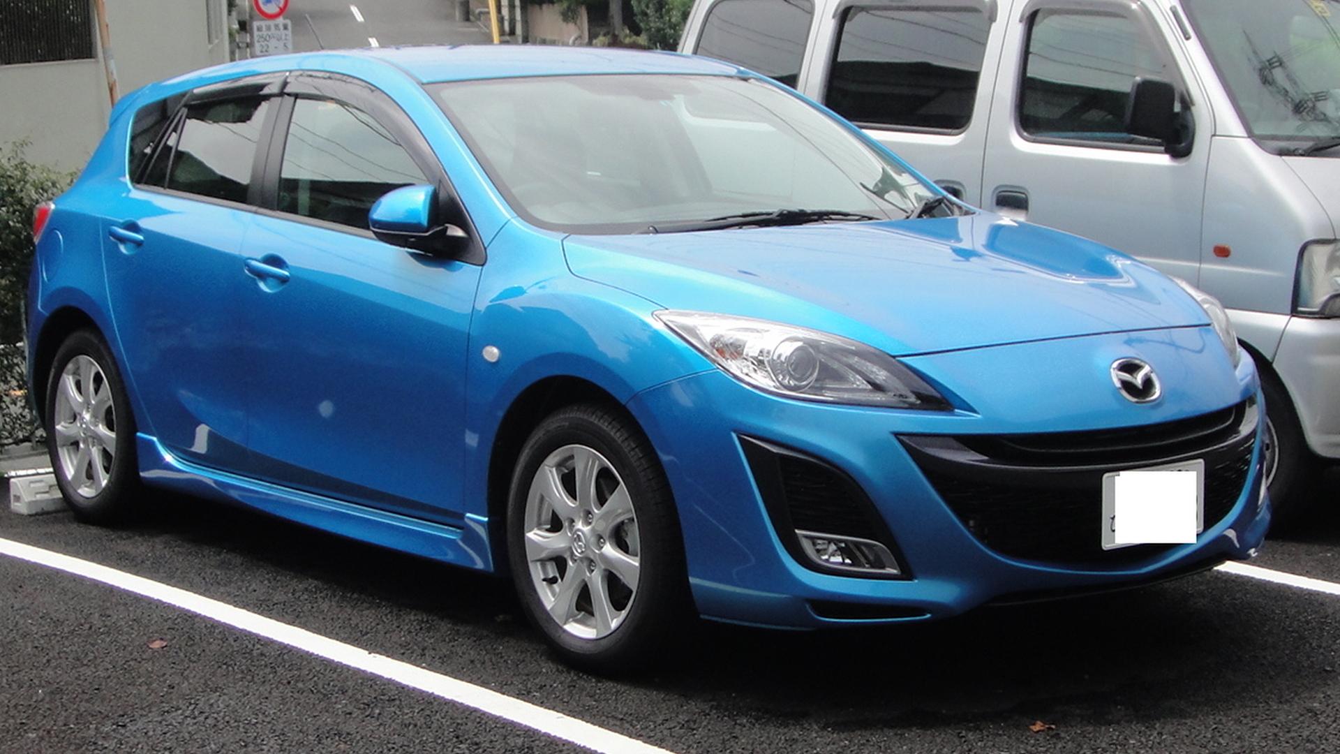Mazda 3 Sport >> File:Mazda Axela Sport 2nd front Tx-re.jpg - Wikimedia Commons