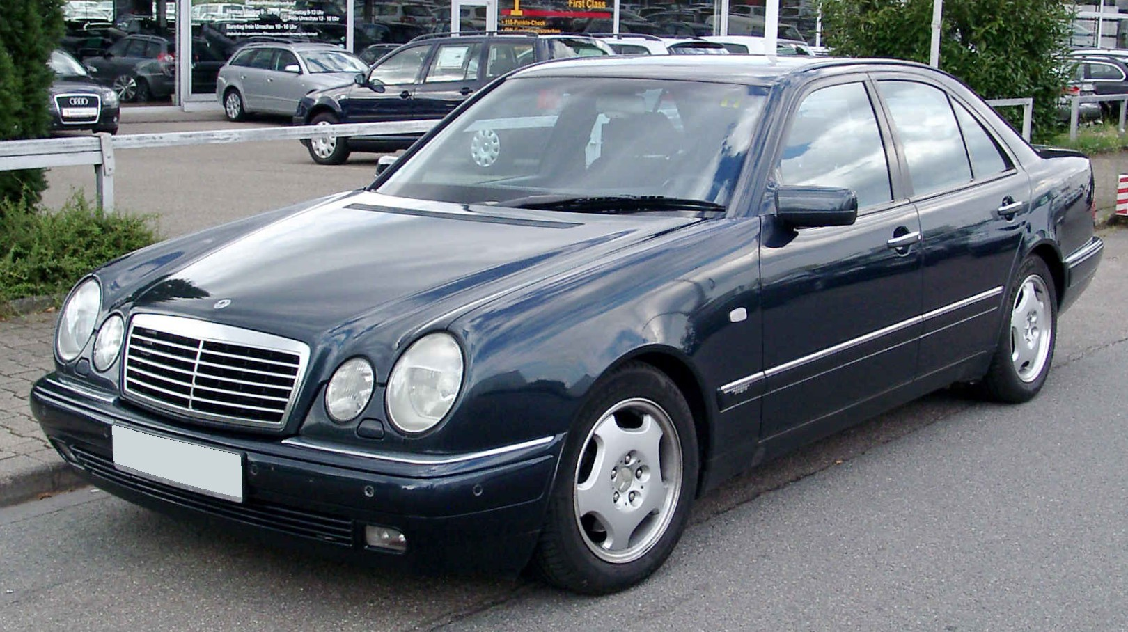 http://upload.wikimedia.org/wikipedia/commons/d/d7/Mercedes-Benz_W210_front_20080809.jpg
