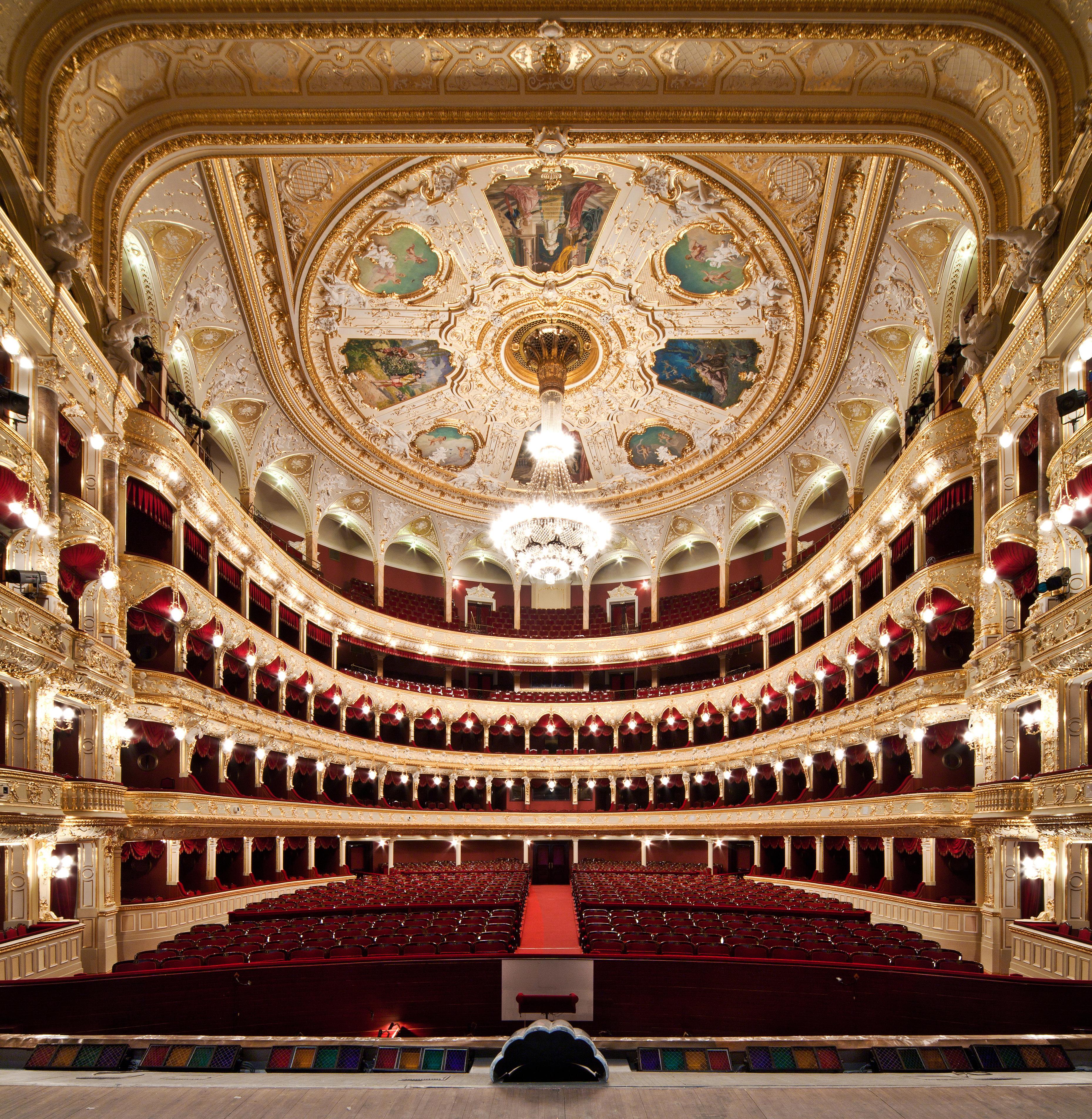 Grand Hotel Opera Paris Adrebe