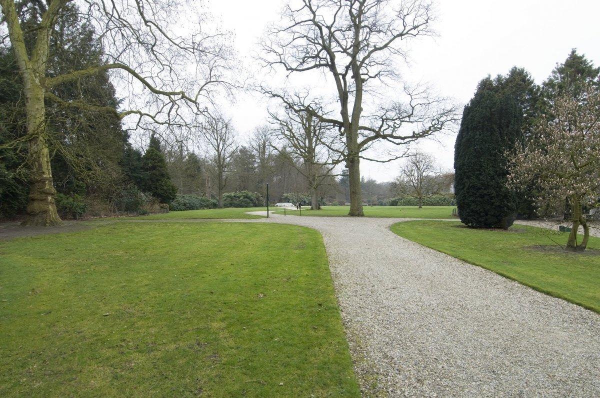 Tuin Paleis Soestdijk : Bestand:overzicht van de verscheidene paden in de tuin van het