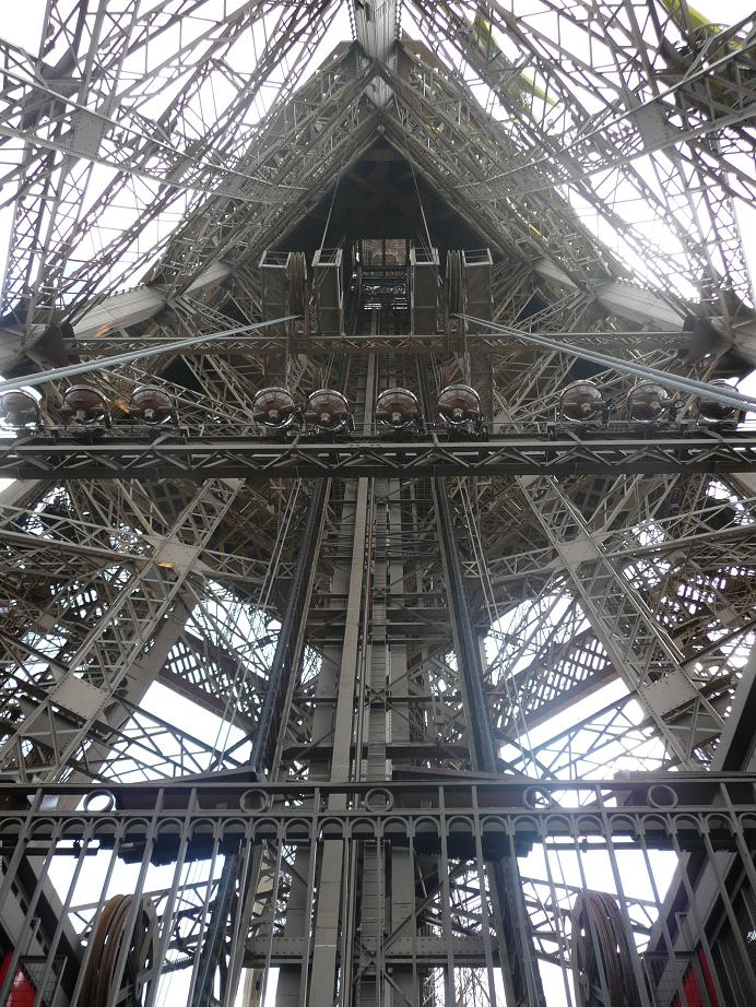 Paris Eiffel Tower elevator shaft 00a.jpg