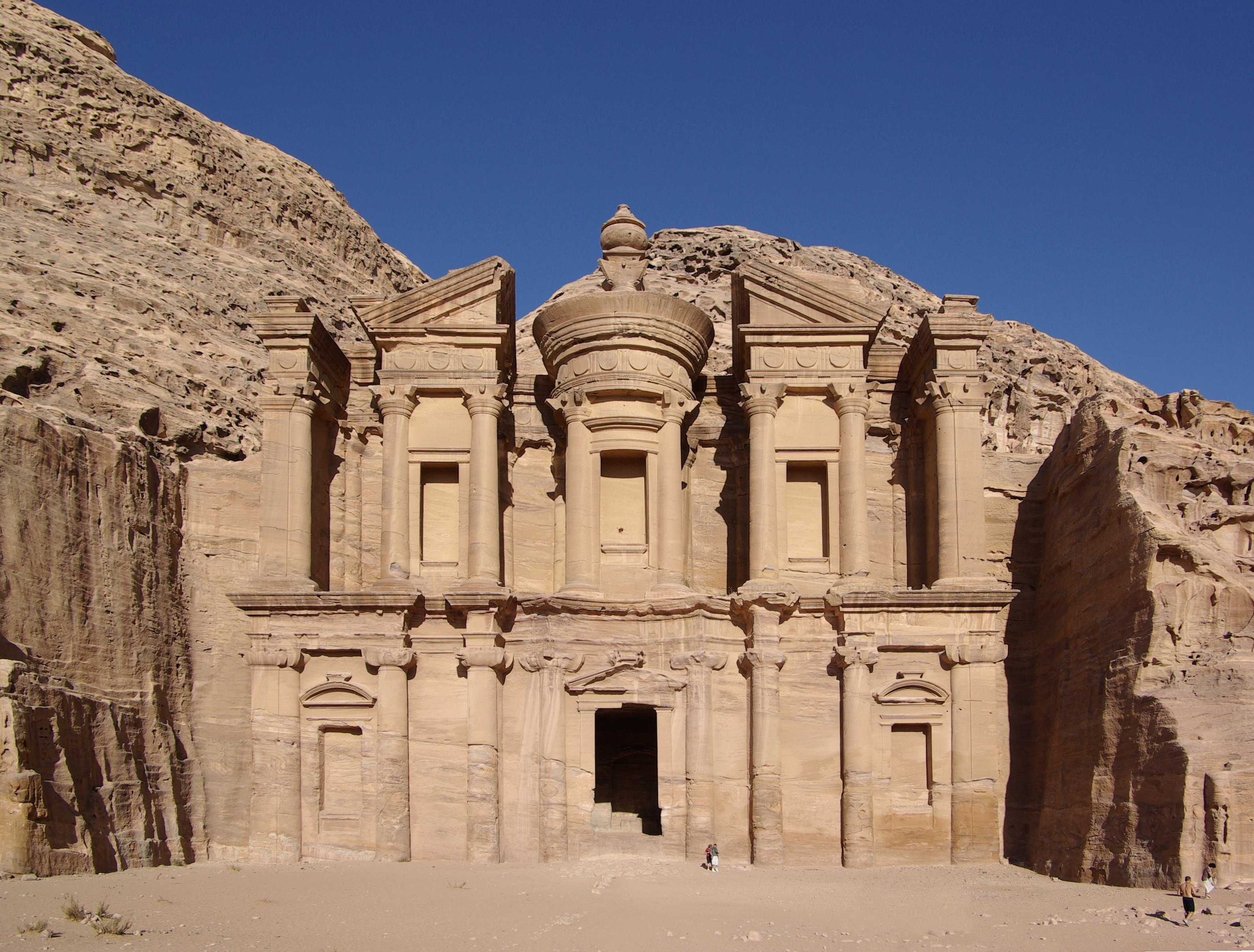 information on petra jordan Geography the middle east kingdom of jordan is bordered on the west by israel and the dead sea, on the north by syria, on the east by iraq, and on the south by saudi arabia.