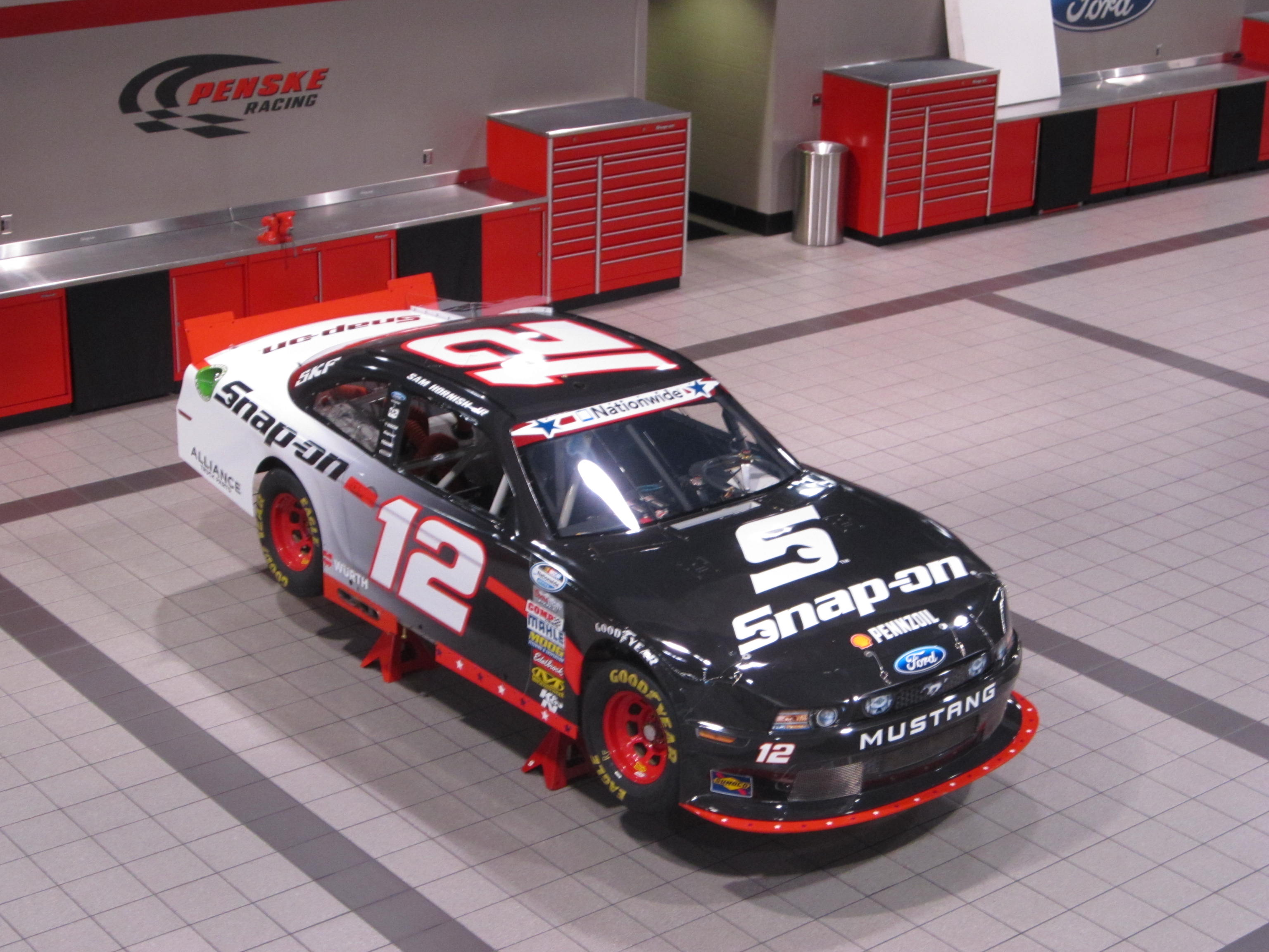 descriptive essay describing a nascar race Free essay: automobile racing automobile racing, one of the most popular  sports in the world, have races run with wide coverage on television - before.