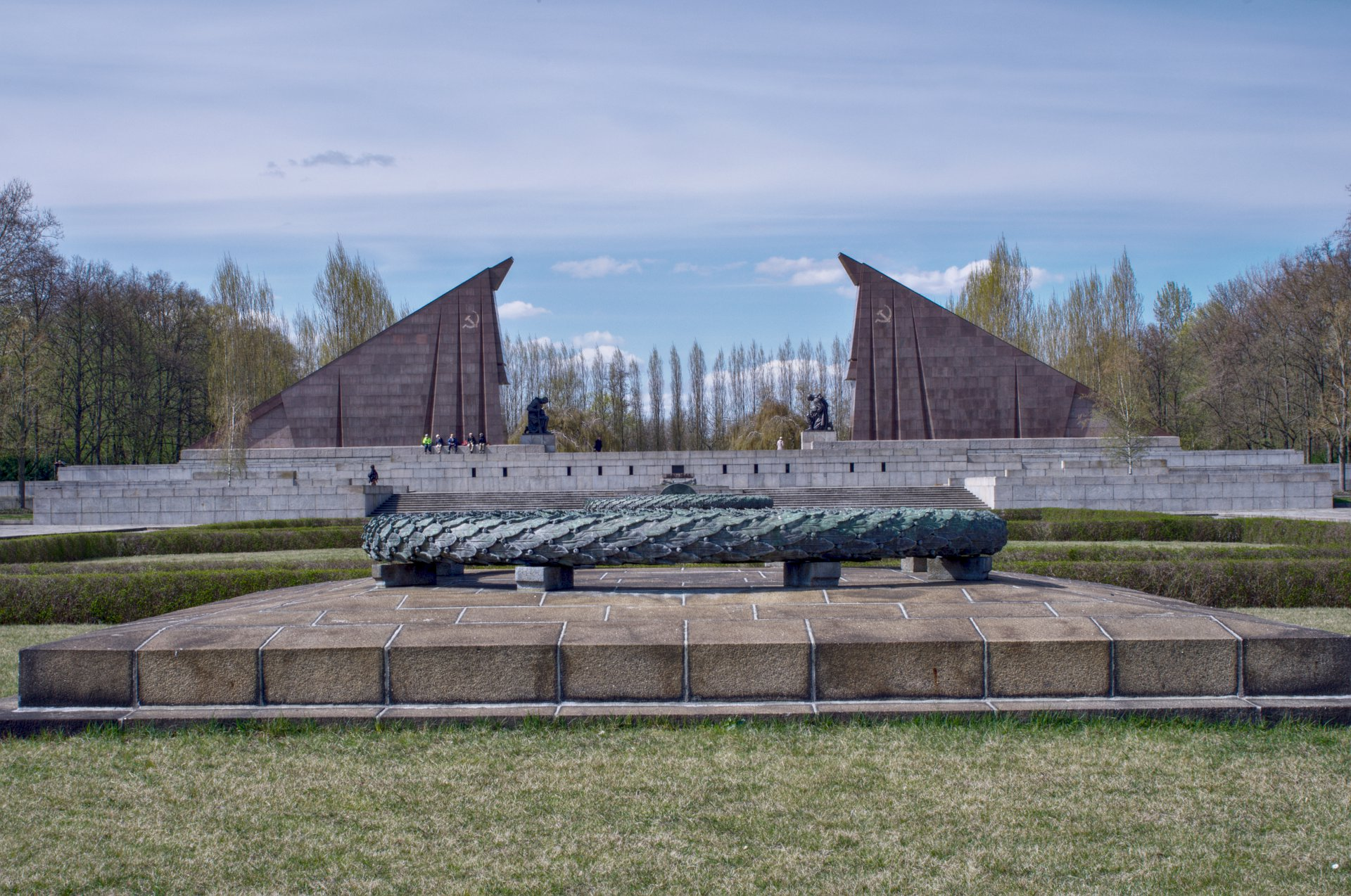 treptower park soviet war memorial foto bugil bokep 2017. Black Bedroom Furniture Sets. Home Design Ideas