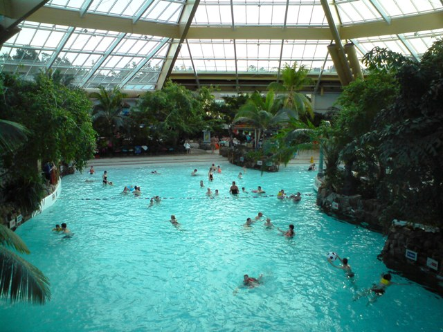 File Sub Tropical Swimming Paradise Wikimedia Commons