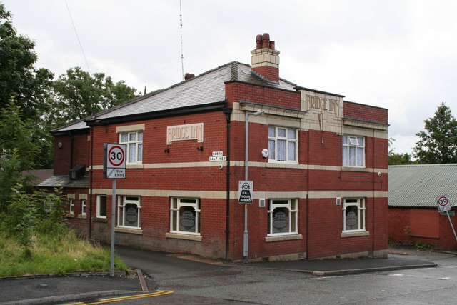 Creative Commons image of The Bridge Inn in Rochdale