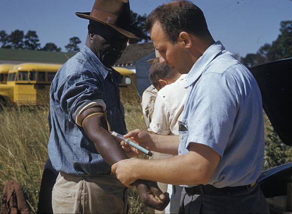 File:Tuskegee syphilis experiment venipuncture.jpg