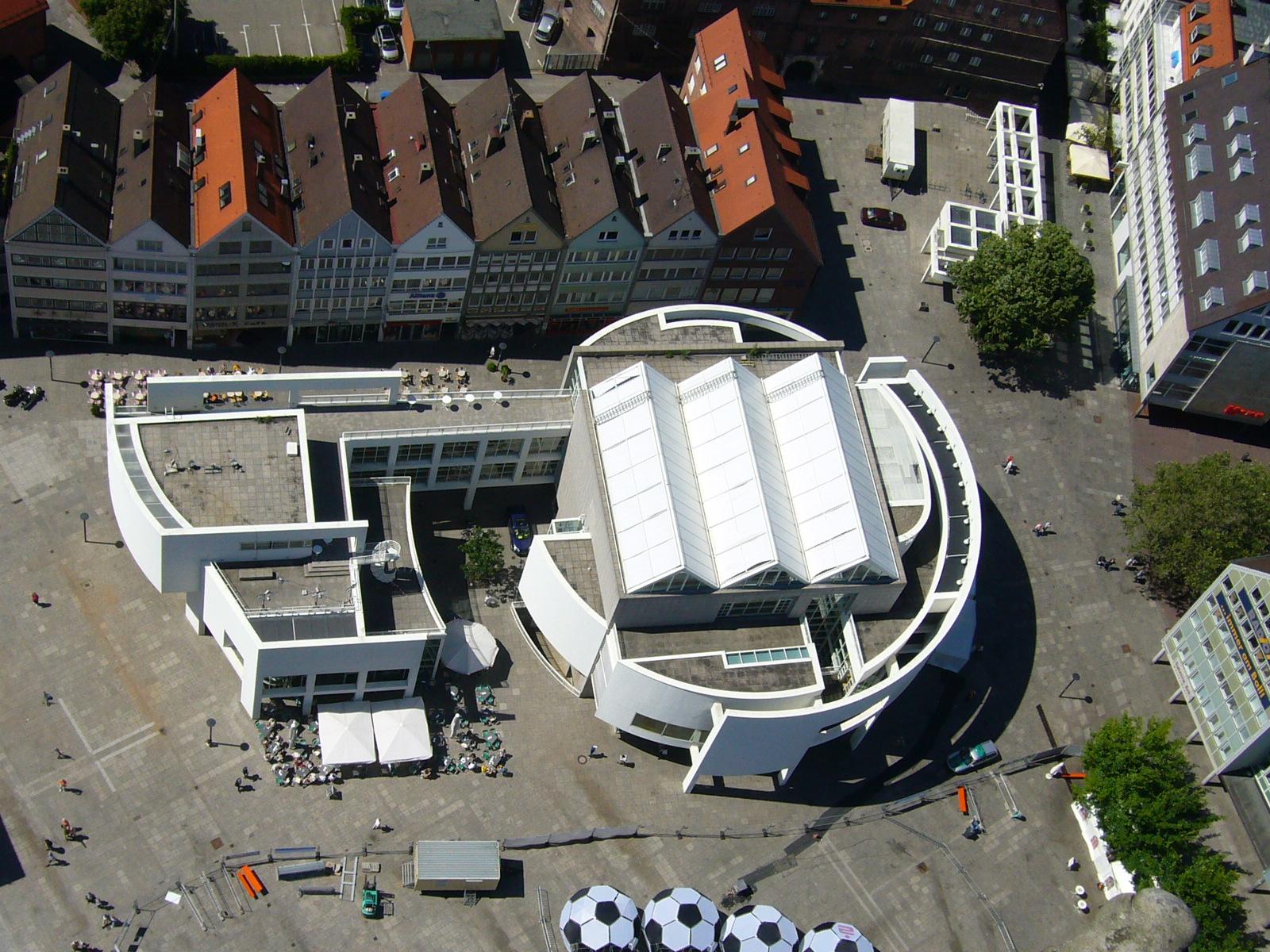 Stadthaus ulm for Designhotel ulm