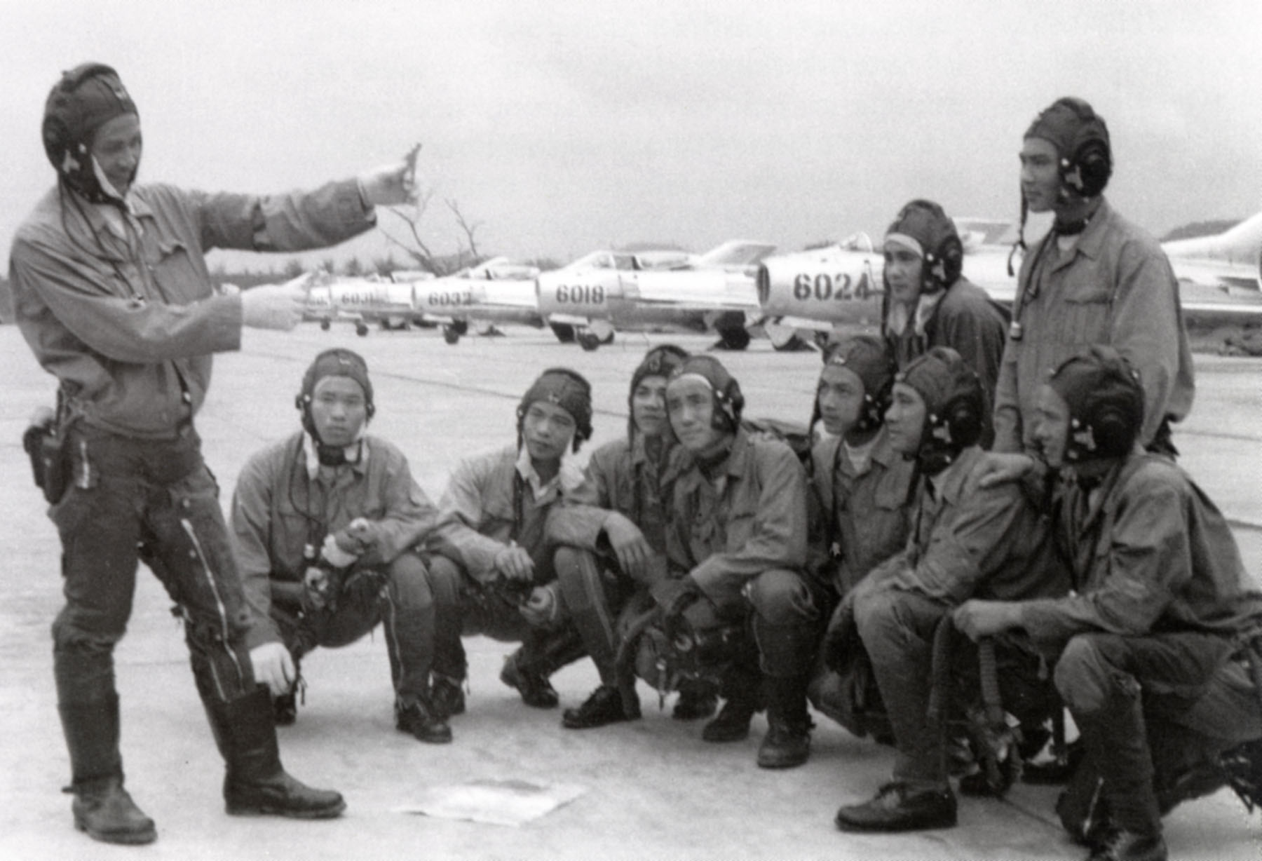VPAF_pilots_with_Shenyang_J-6_fighters.j