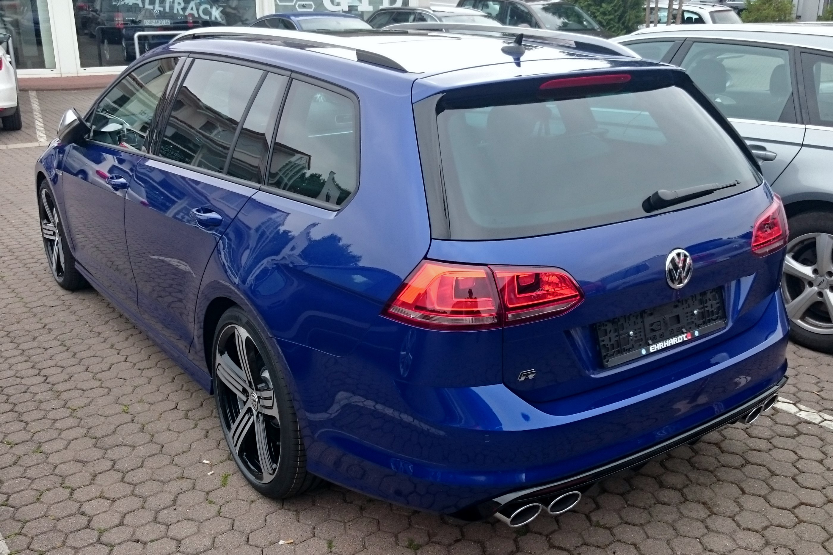 datei vw golf vii r variant 4motion 2 0 tsi dsg heck jpg wikipedia. Black Bedroom Furniture Sets. Home Design Ideas