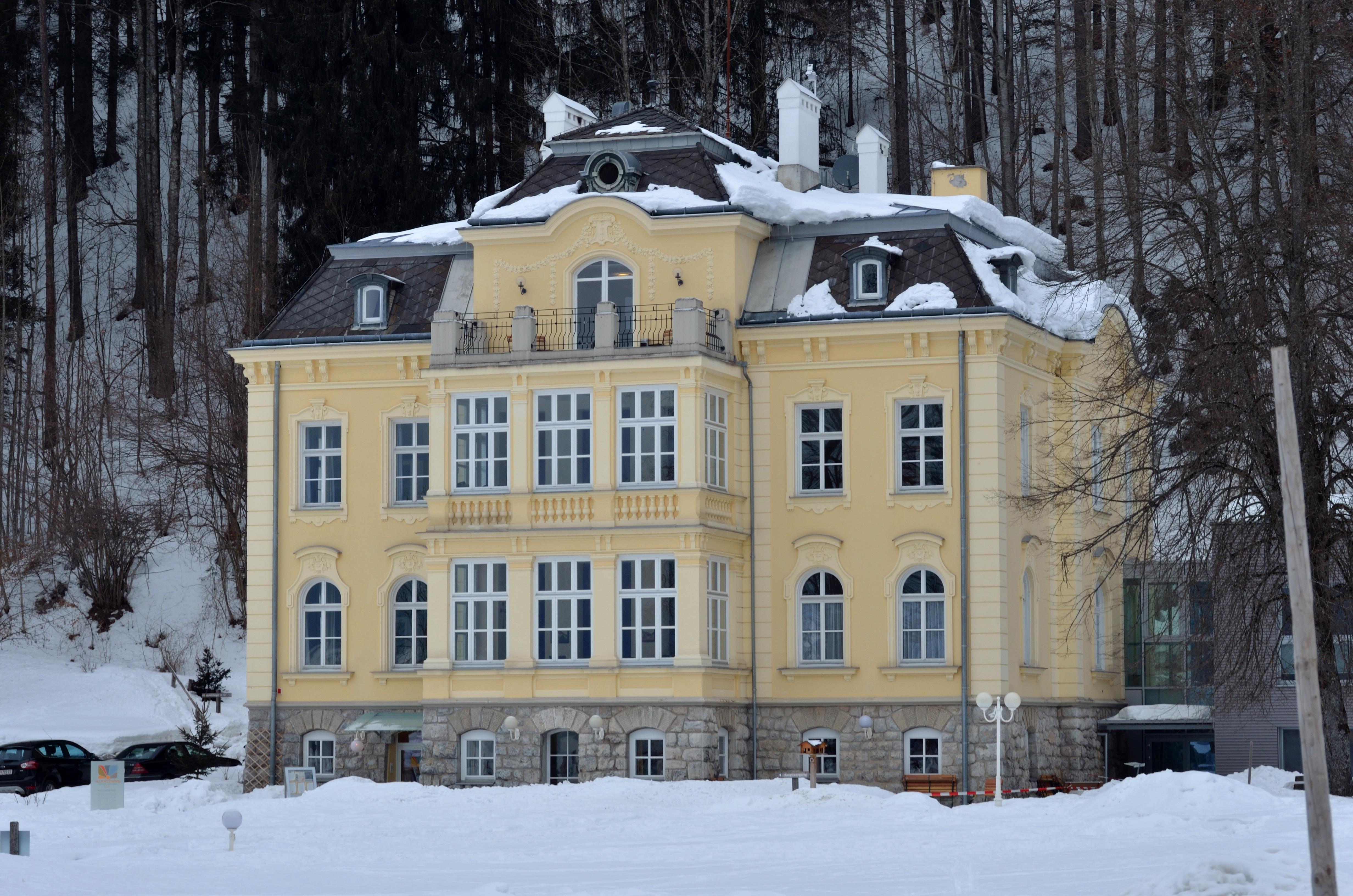 File Villa Sonnwend Rossleithen Jpg Wikimedia Commons