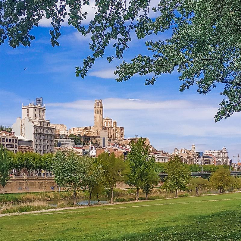 Archivo:Vista de Lérida desde el río (España).jpg - Wikipedia, la ...