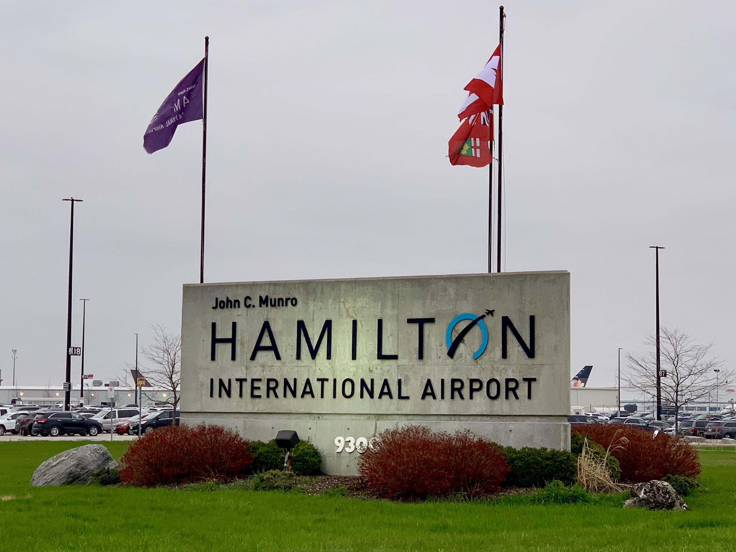 John C Munro Hamilton International Airport Wikipedia