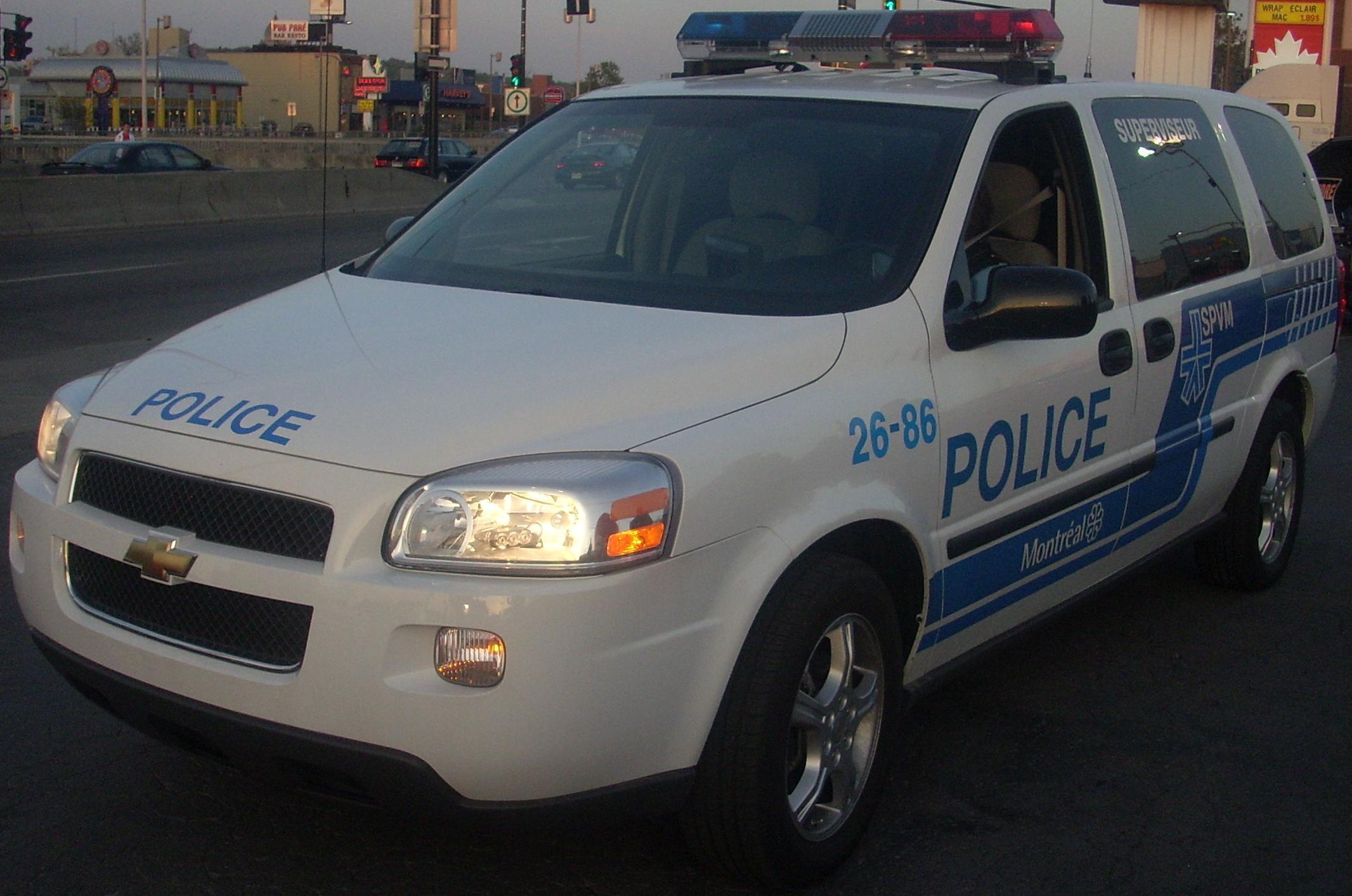 File:'05 Chevrolet Uplander LWB Montreal Police (Orange Julep).jpg