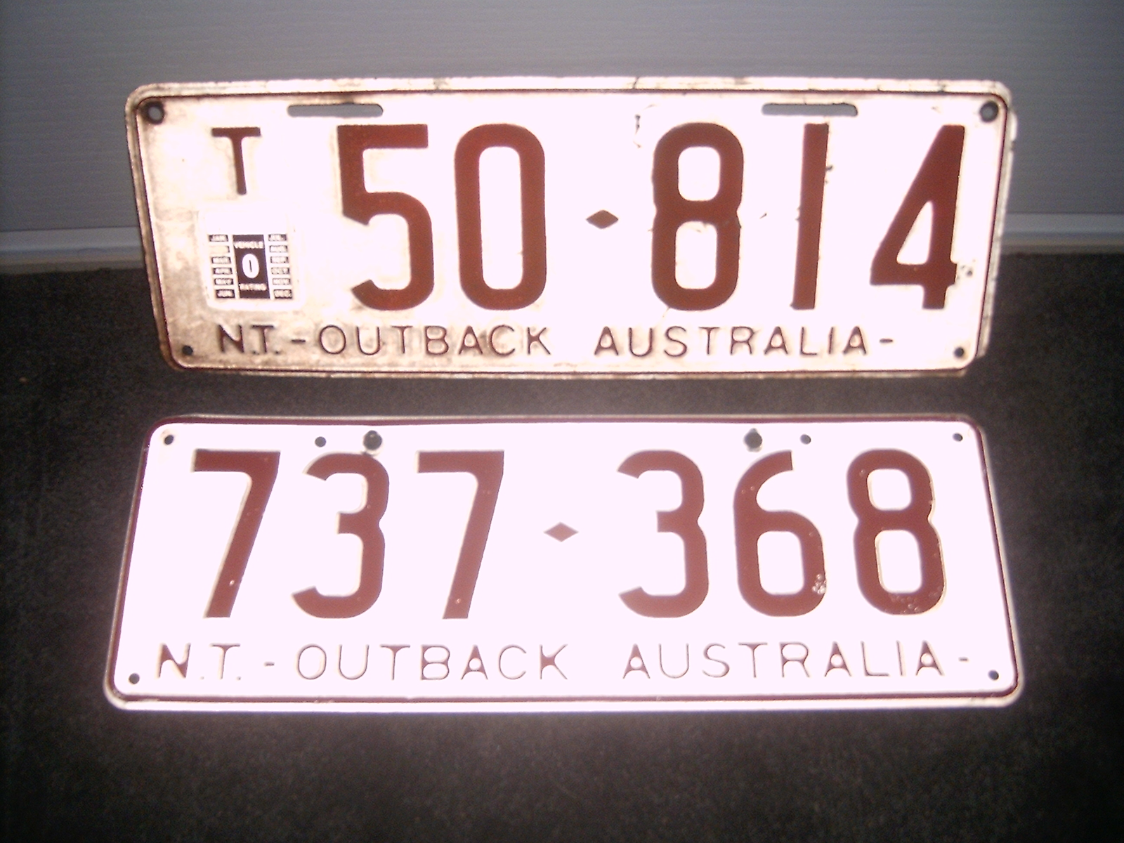 File:1979 Northern Territory registration plates Outback Australia ...