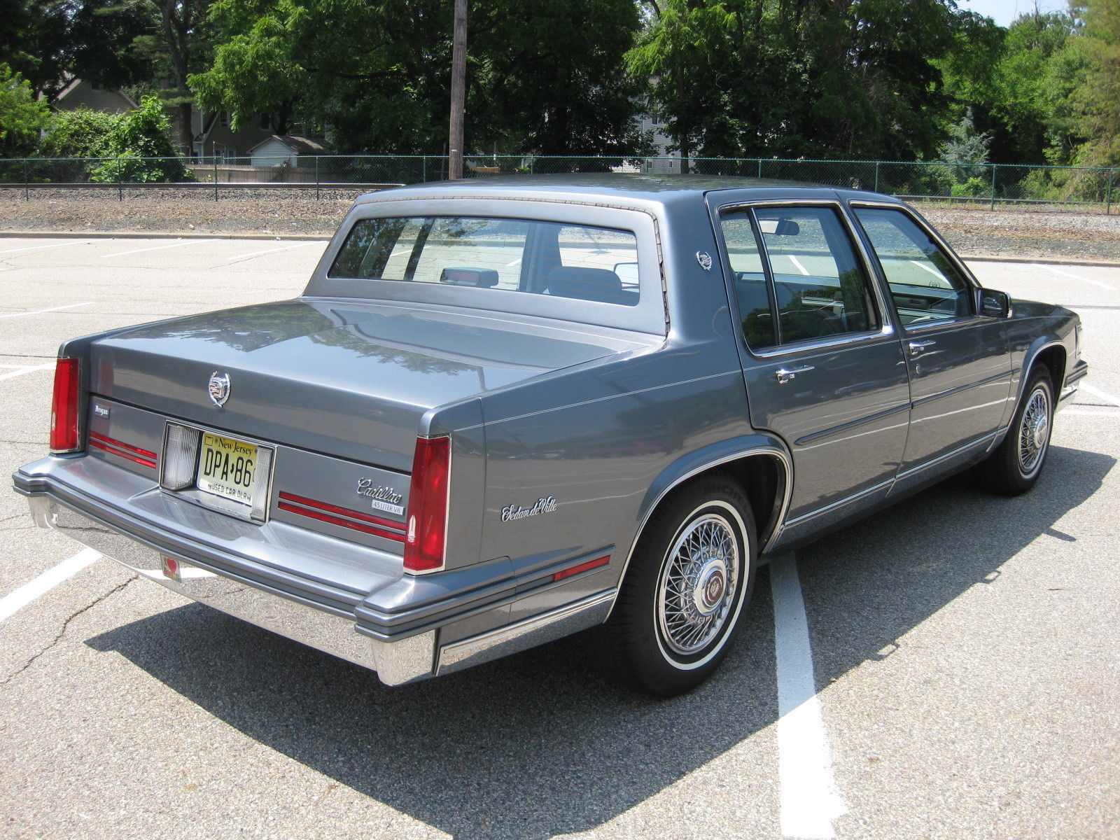 File 1988 Cadillac Sedan Deville 02 Jpg Wikimedia Commons