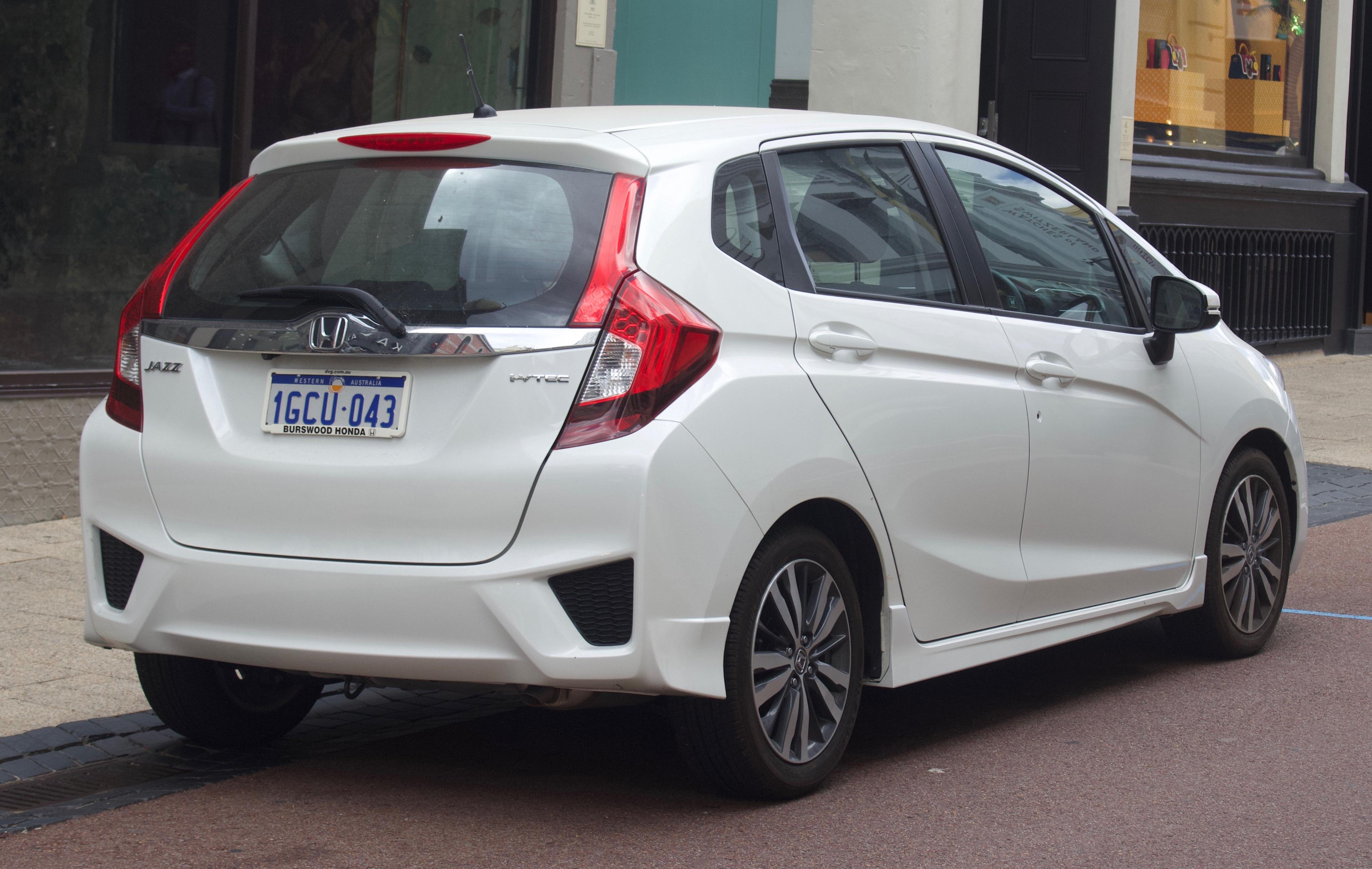 Kelebihan Kekurangan Honda Fit 2016 Perbandingan Harga