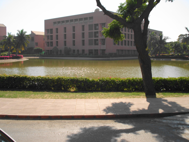 Aga Khan University Hospital, Karachi - Wikipedia
