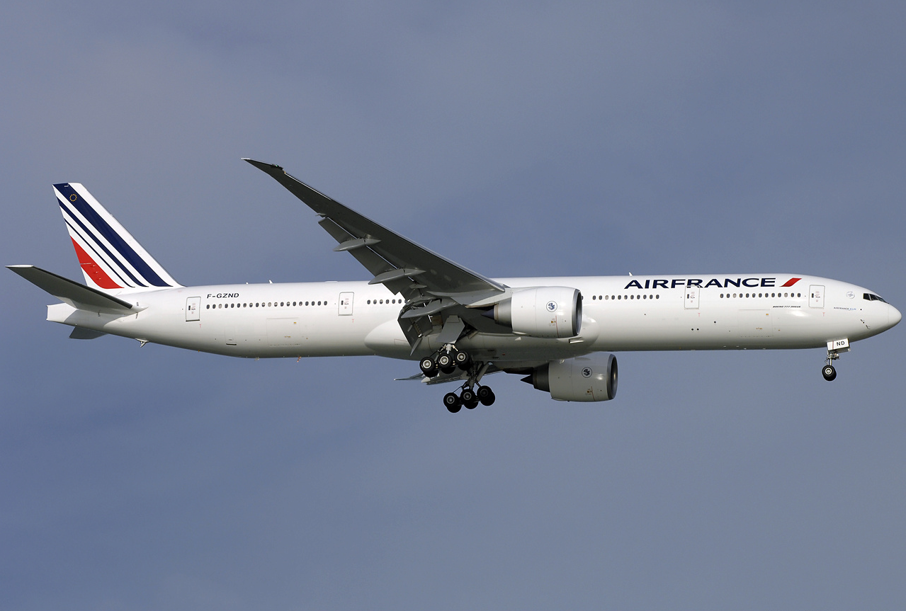 File air france boeing 777 300er f gznd sin 2009 5 for Interieur boeing 777 300er air france