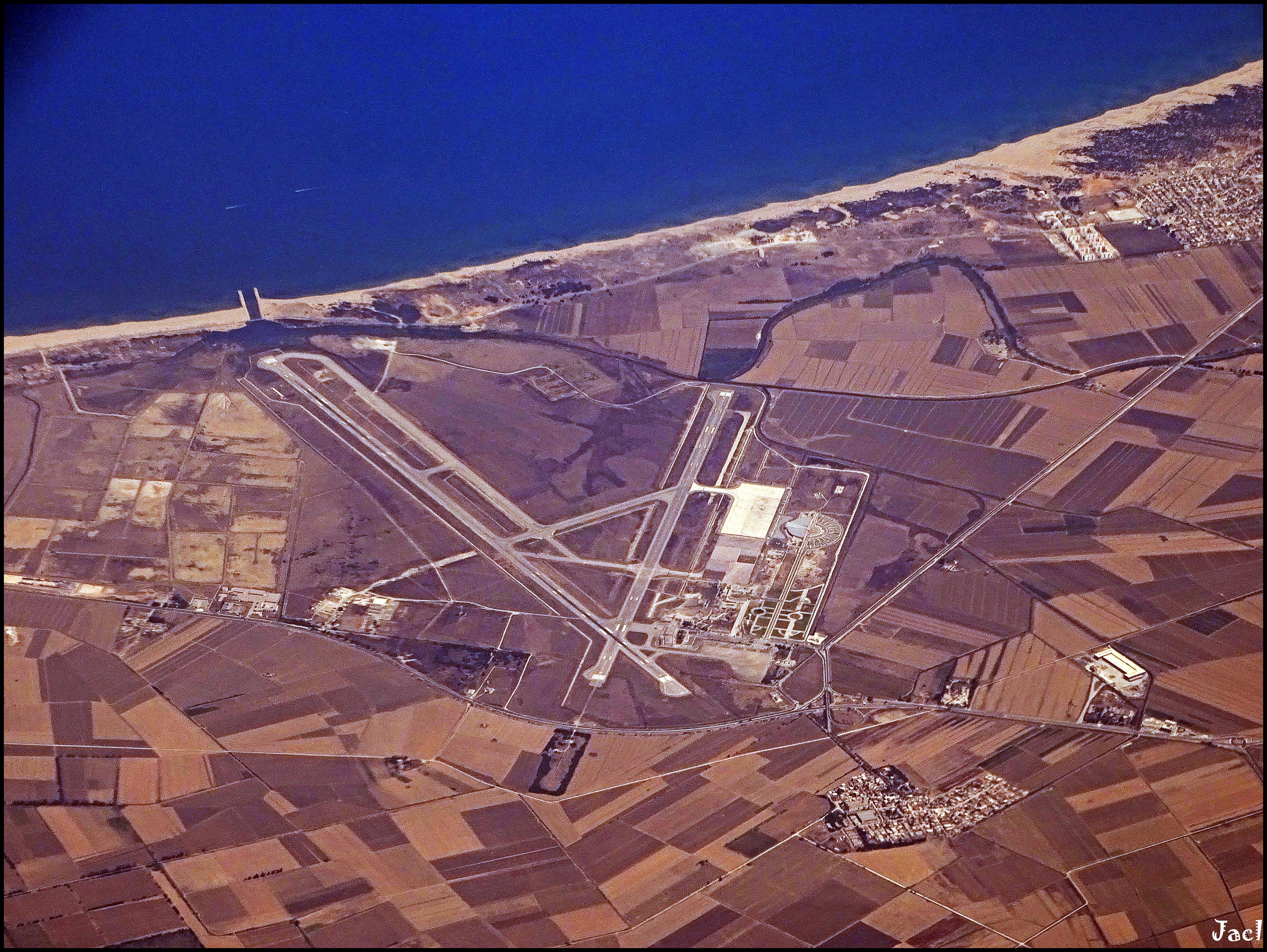 مطار عنابة الدولي - رابح بيطاط