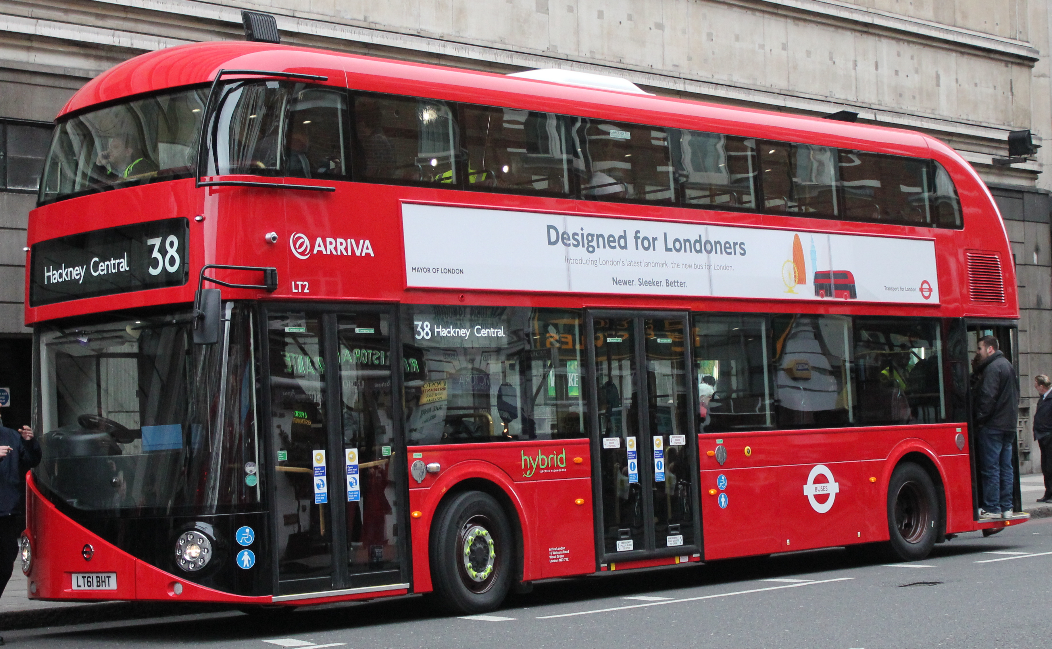File:Arriva London bus LT2 (LT61 BHT) 2011 New Bus for ...