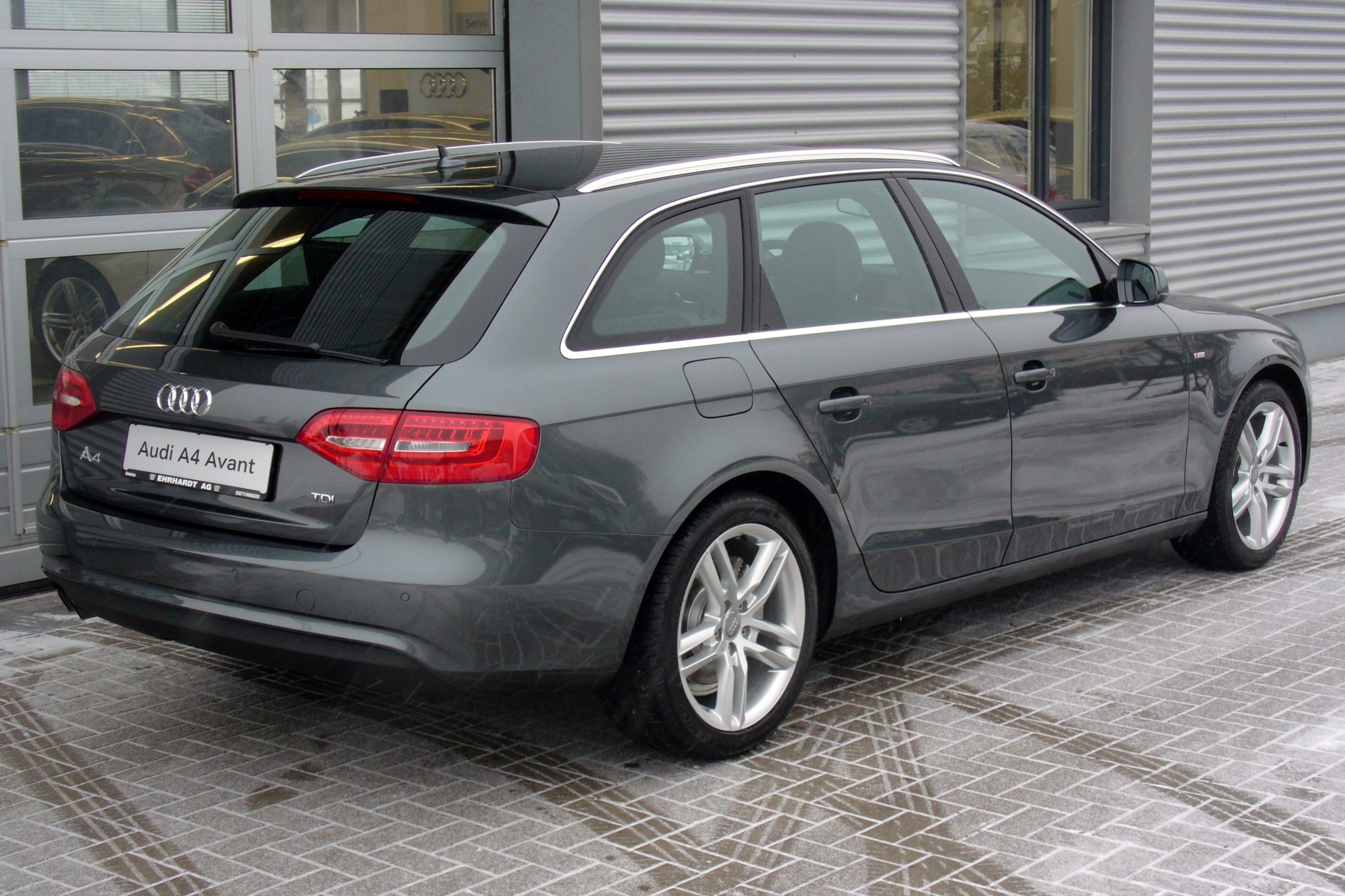 datei audi a4 b8 facelift avant ambition s line 2 0 tdi. Black Bedroom Furniture Sets. Home Design Ideas