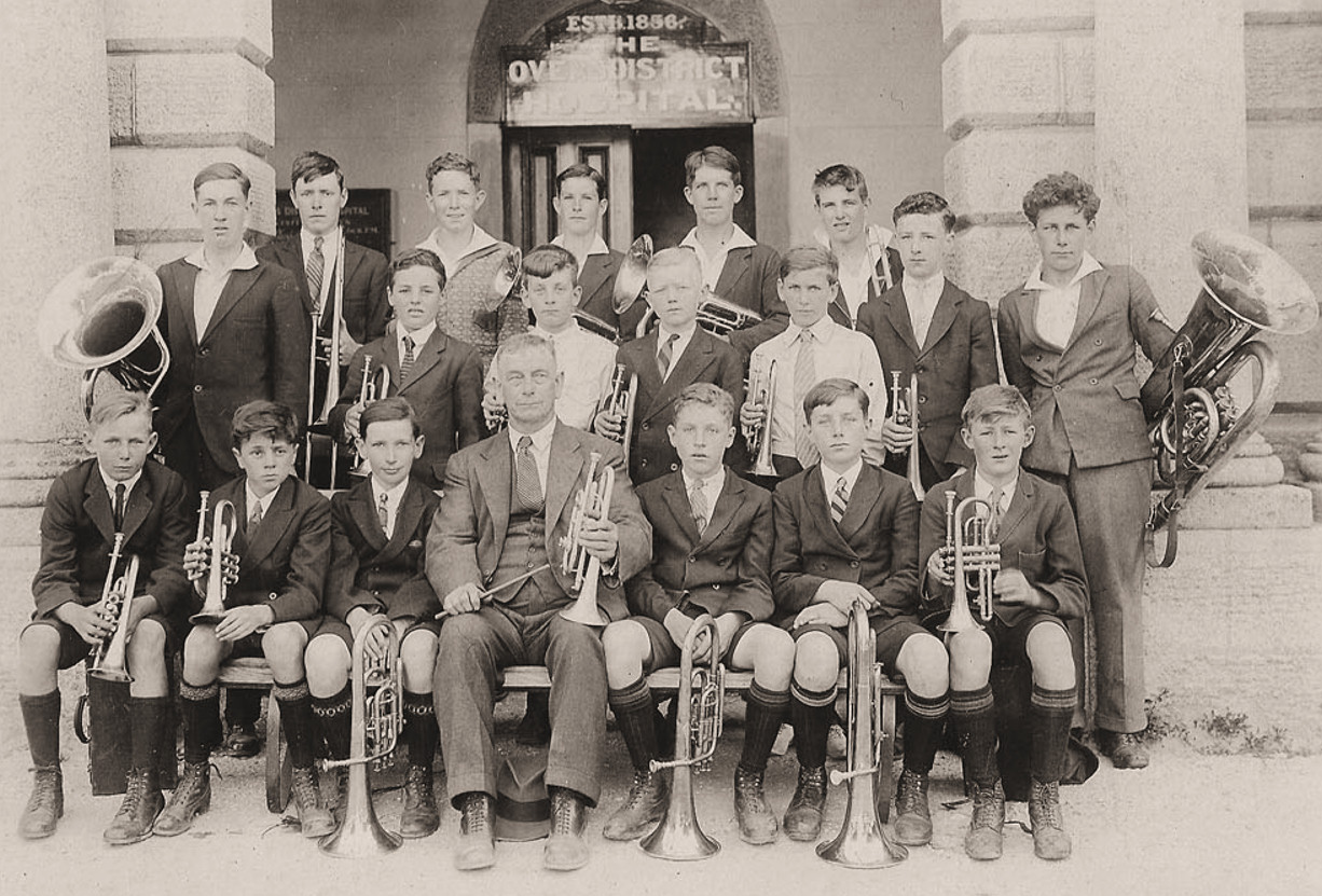 Beechworth Australia  City pictures : Australia Beechworth School Brass Band, 1931 Wikimedia ...