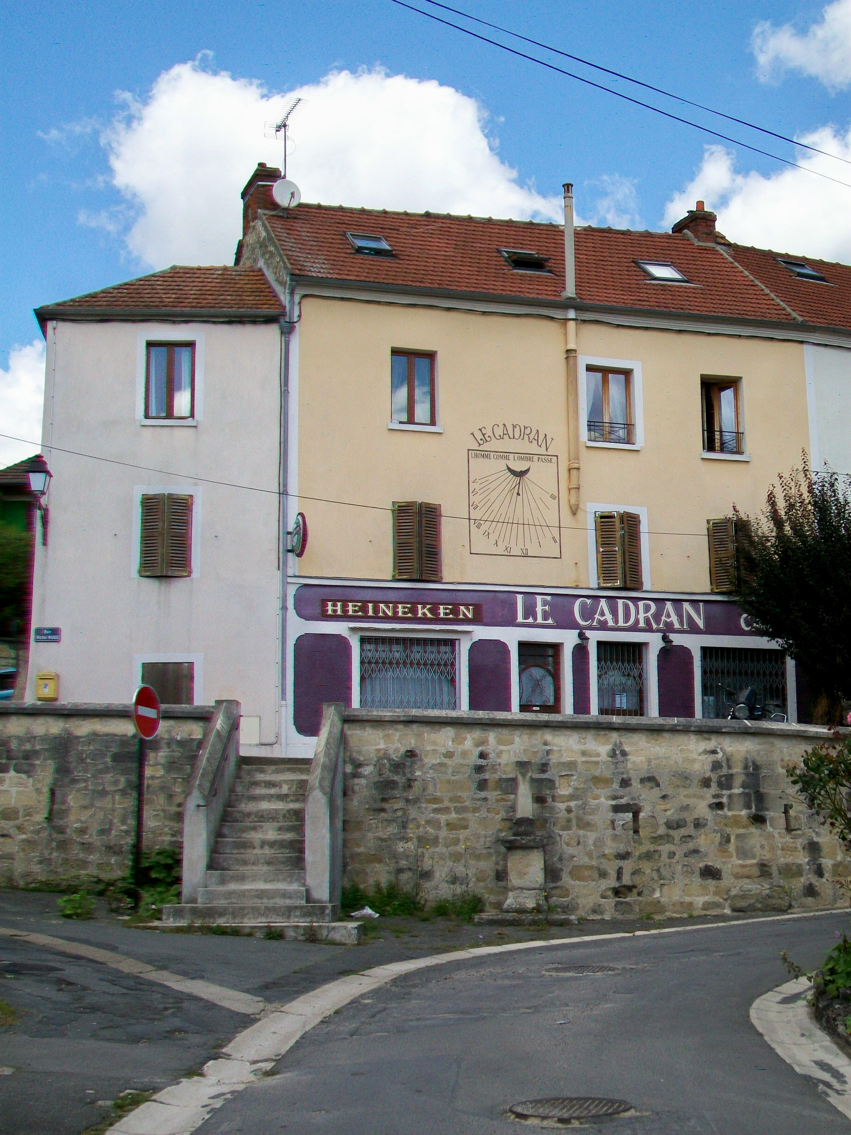 Caf Ef Bf Bd Rue Du Passeur Issy Les Moulineaux