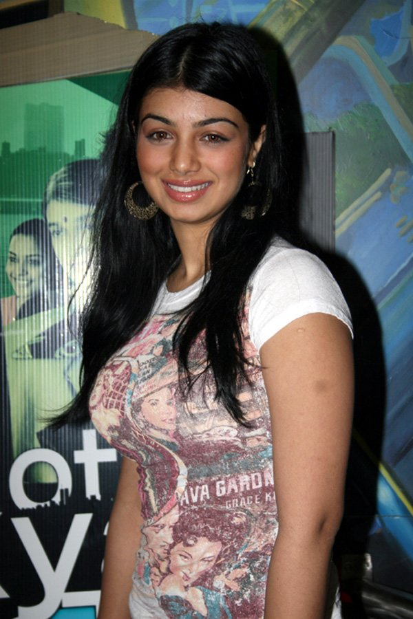 Image Result For Aayesha Takia Movie