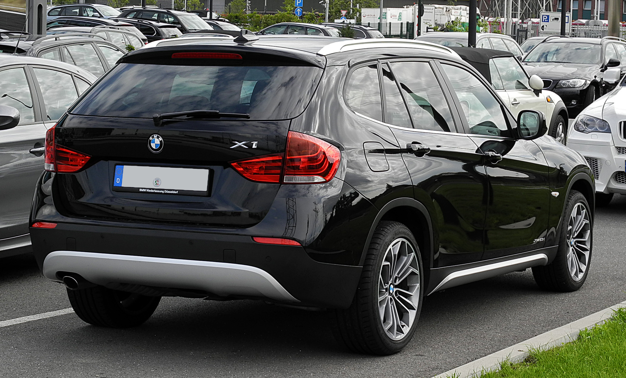 file bmw x1 xdrive23d e84 heckansicht 2 juli 2011 d wikimedia commons. Black Bedroom Furniture Sets. Home Design Ideas