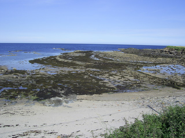 Beadnell Bay - geograph.org.uk - 521483
