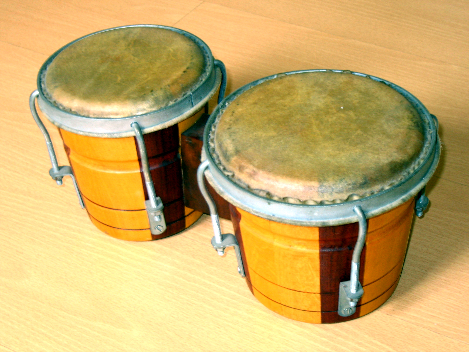 bongo drum wikipedia. Black Bedroom Furniture Sets. Home Design Ideas