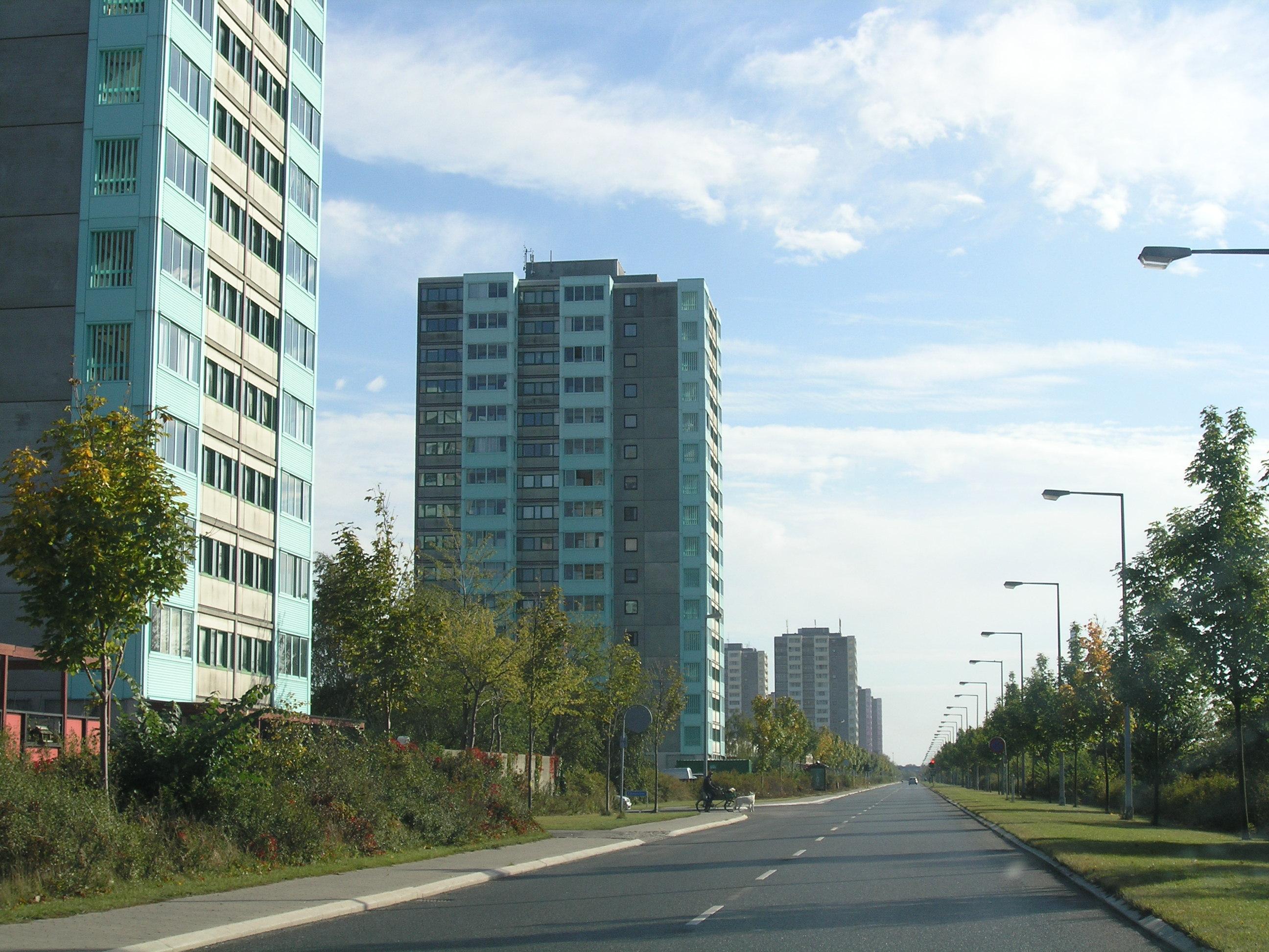 File:Brøndby Strand, October 2005.jpg - Wikimedia Commons