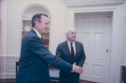 President George H. W. Bush meets with McCain, 1990 Bush Contact Sheet P16287 (cropped).jpg