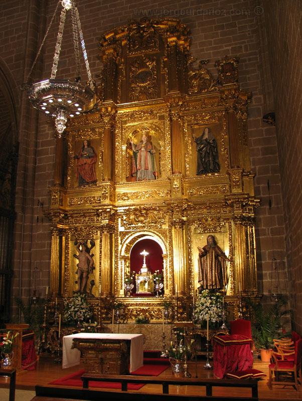 File:Catedral pamplona capilla santisimo.jpg - Wikimedia Commons