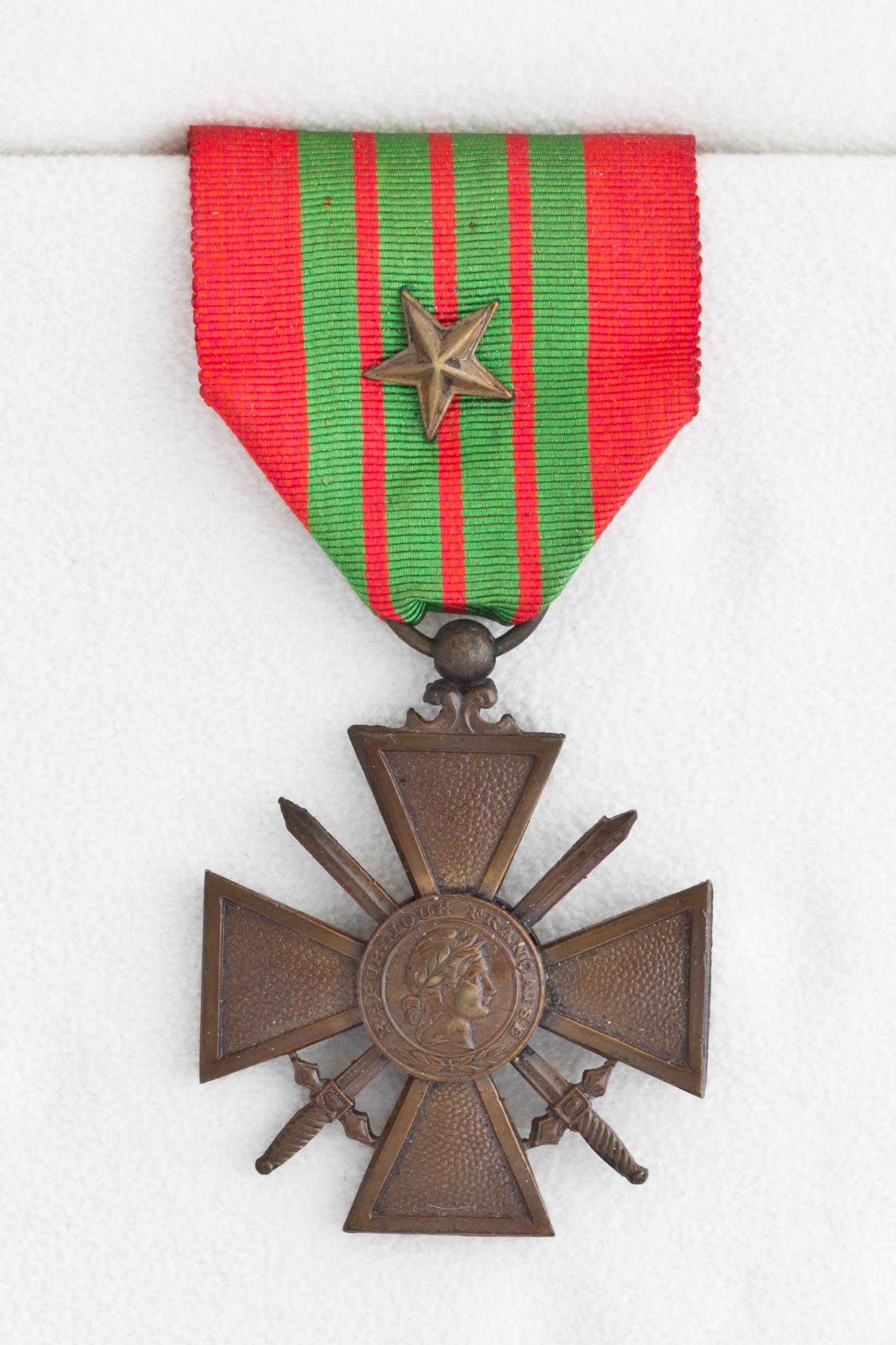Medaille Souvenir De Ville De Paris Avec Blason Provence