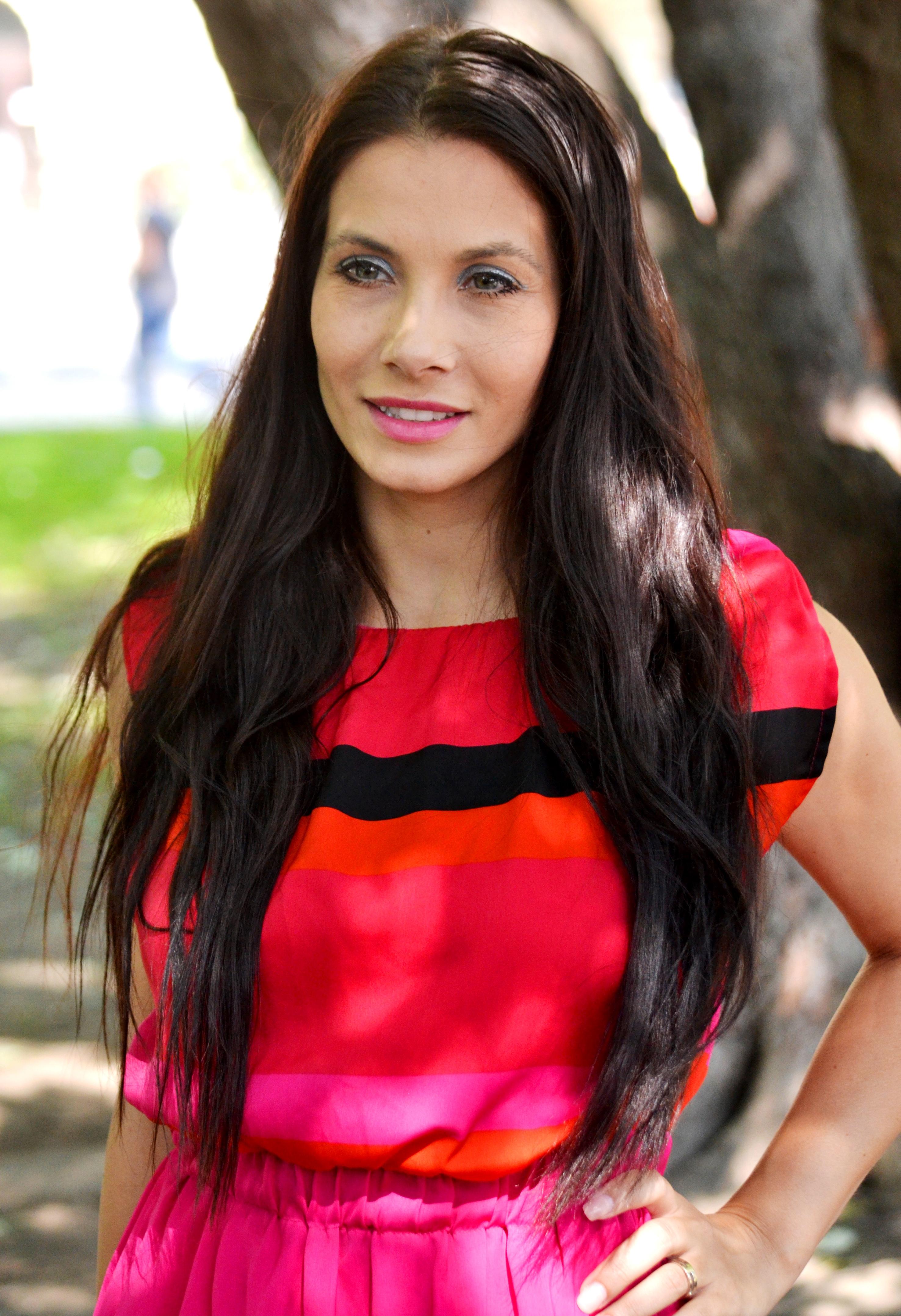 Rebel Wilson Wikipedia >> Eva Decastelo - Bio, Facts, Family | Famous Birthdays