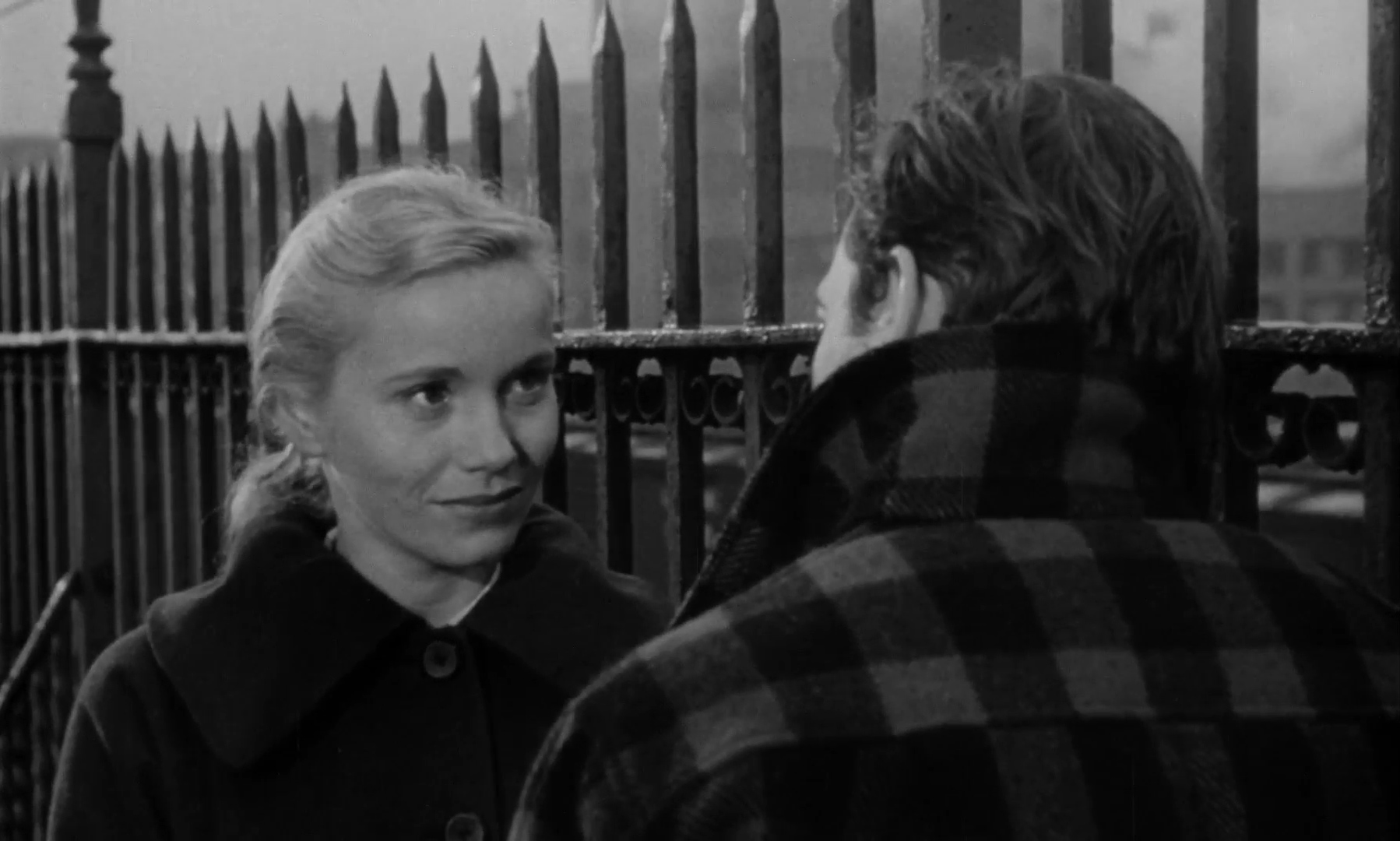 cinematic techniques in on the waterfront