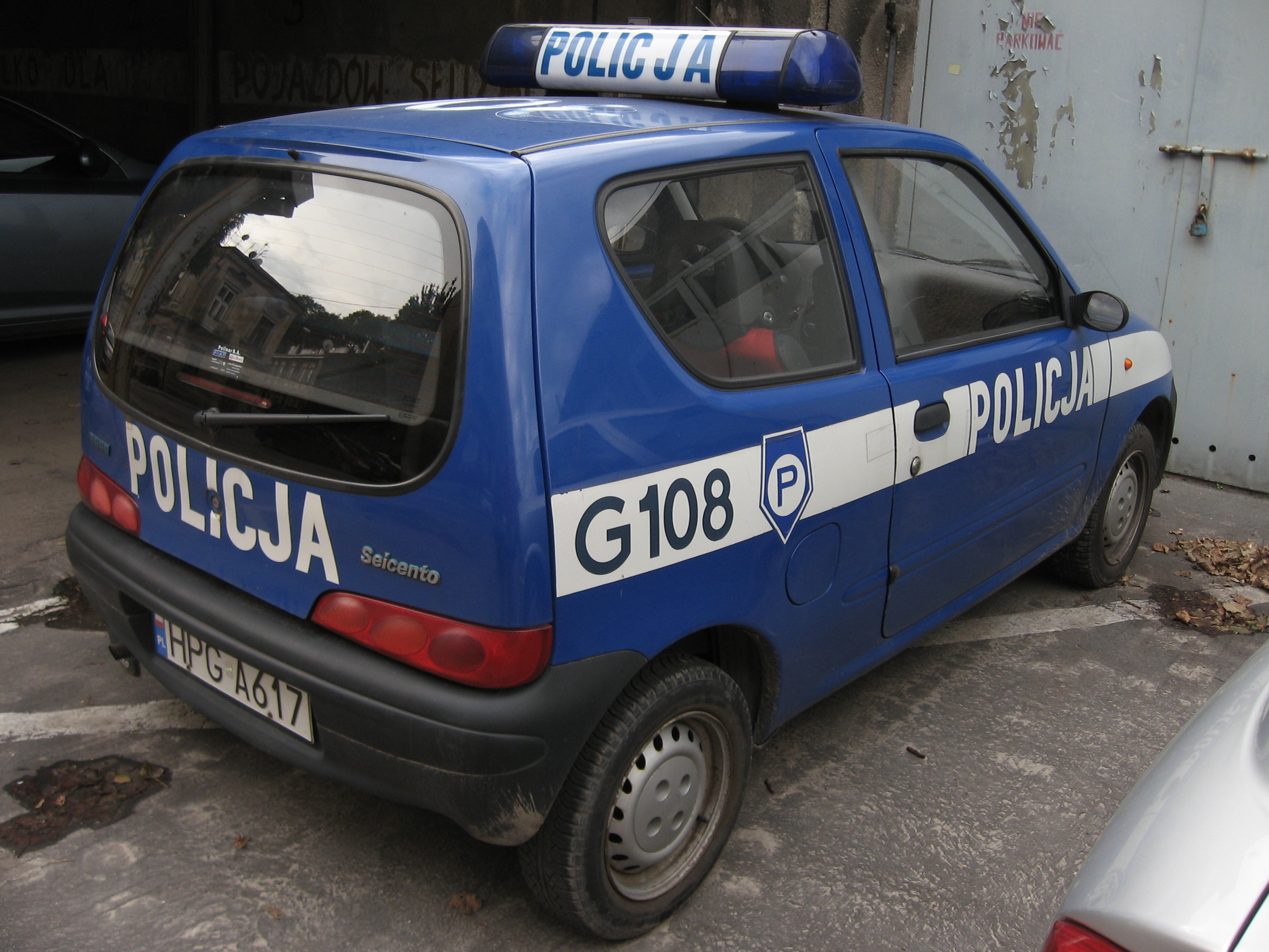 File:Fiat Seicento of Policja in Kraków.jpg