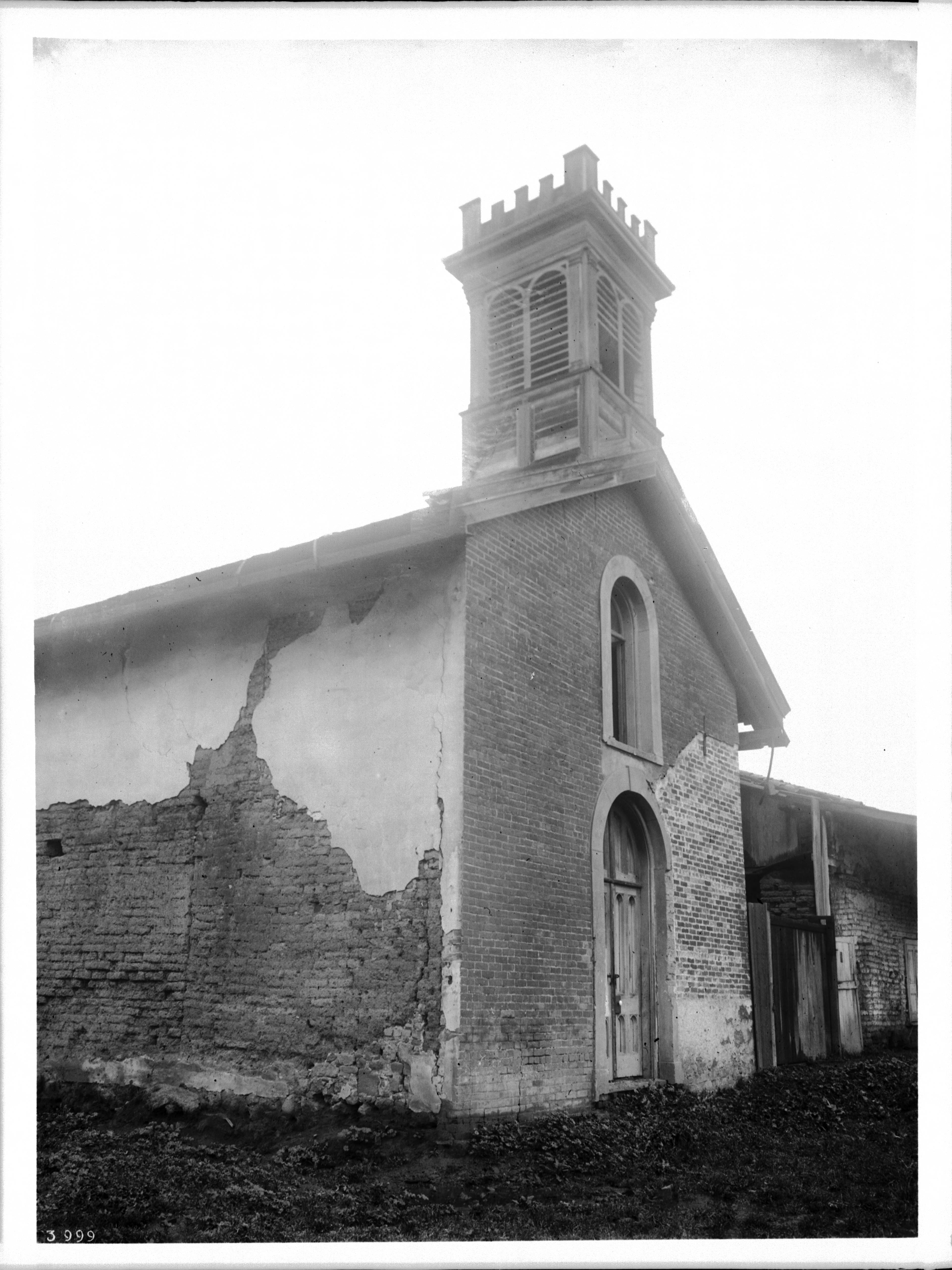 File front and side view of the vallejo church of mission for 3999 roof