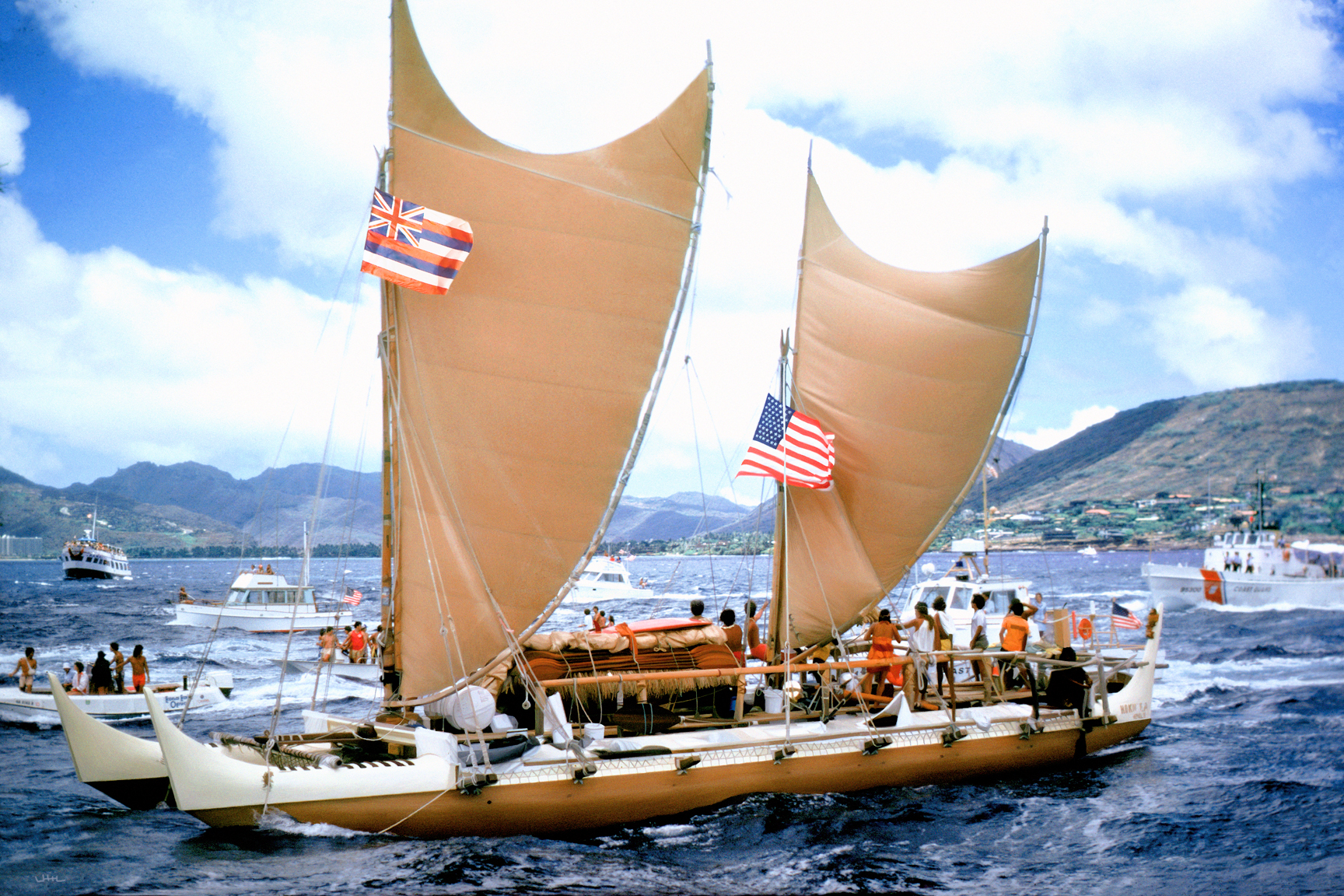Hokule'a arrival in Honolulu from Tahiti in 1976; via Wikimedia Commons