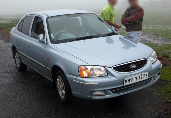 File:Hyundai Accent India, in 2005.jpg - Wikimedia Commons